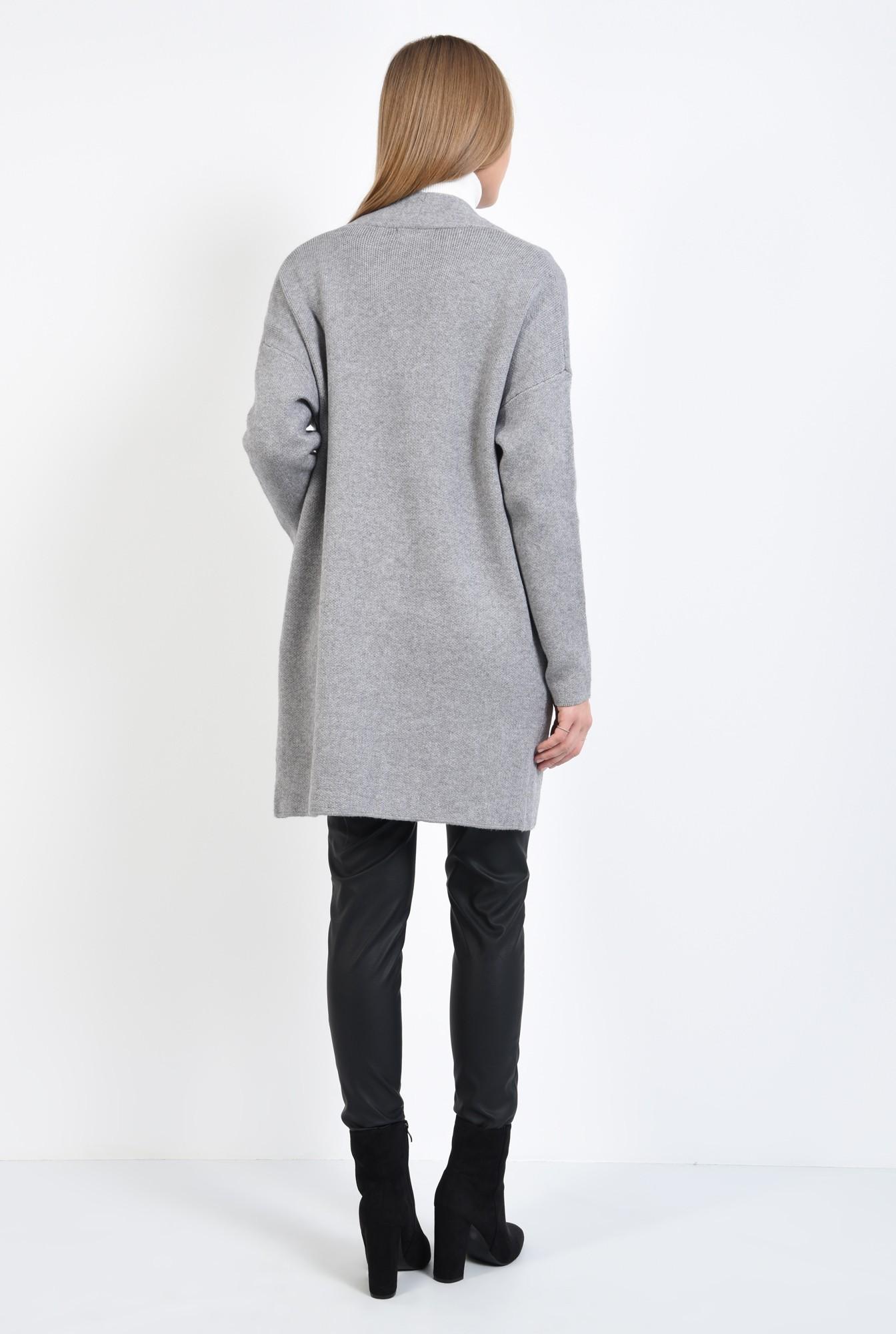 1 - pulover gri, jacheta de toamna, croi drept lejer