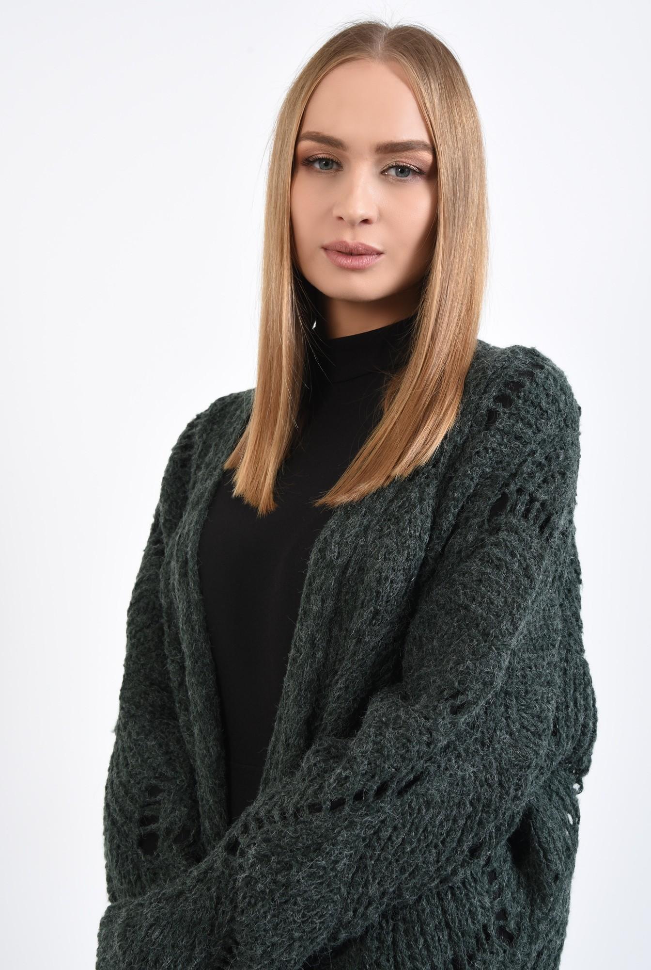 2 - 360 - pulover verde, jacheta tricotata, motive ajurate, cu ochiuri largi