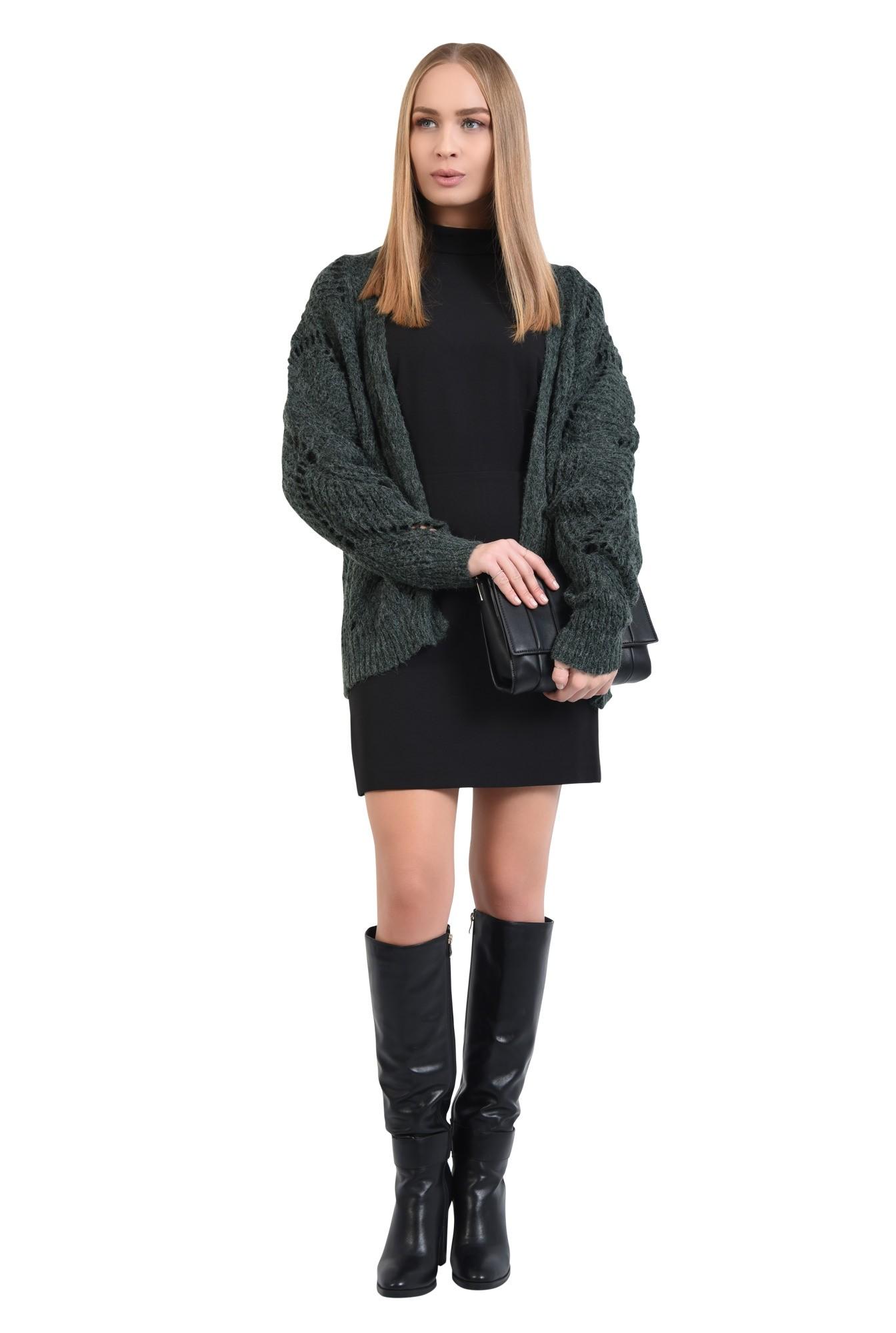3 - 360 - pulover verde, jacheta tricotata, motive ajurate, cu ochiuri largi