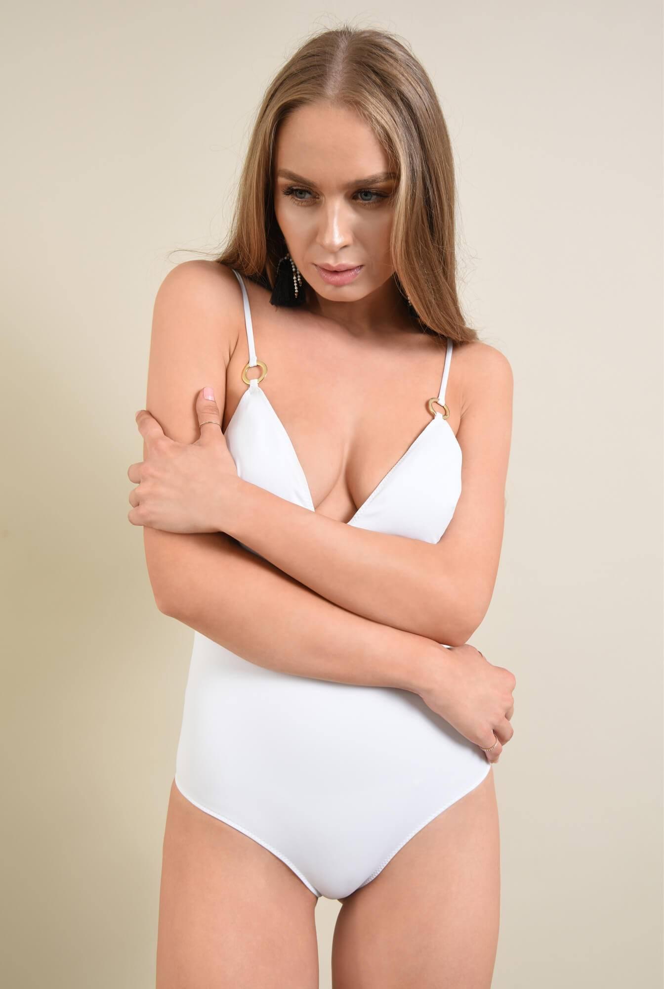 2 - costum de baie intreg, alb, decoltat