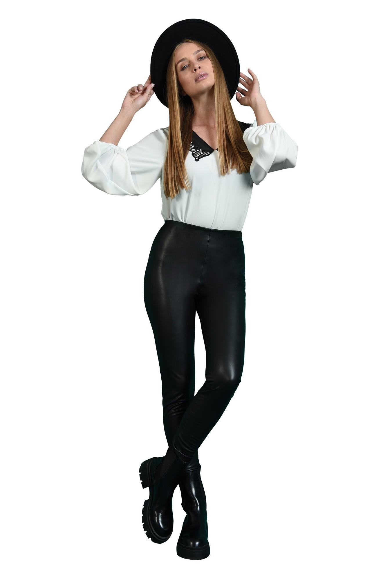3 - pantaloni tip colant, cu talie medie,
