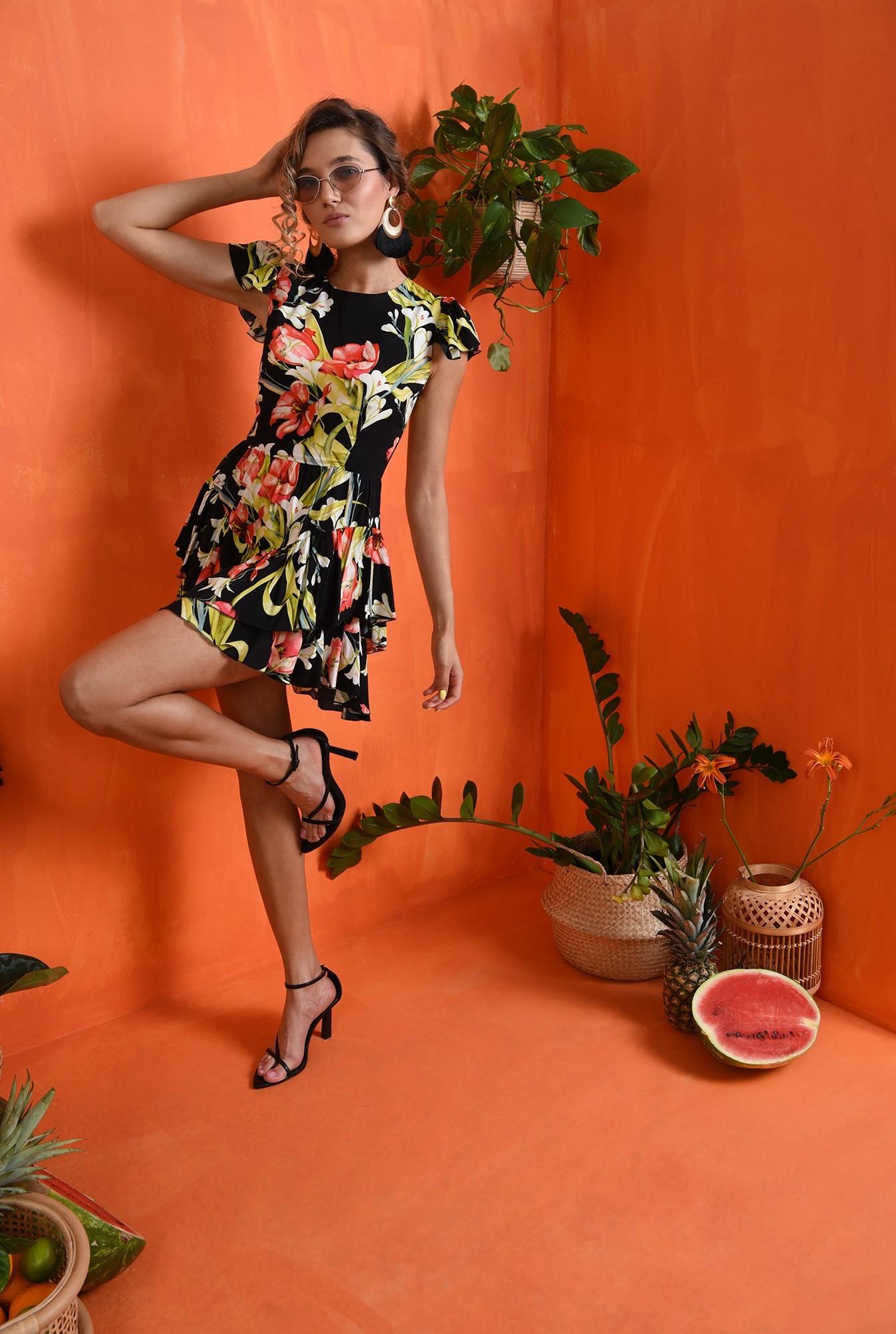 1 - rochie cu imprimeu floral, cu maneca scurta