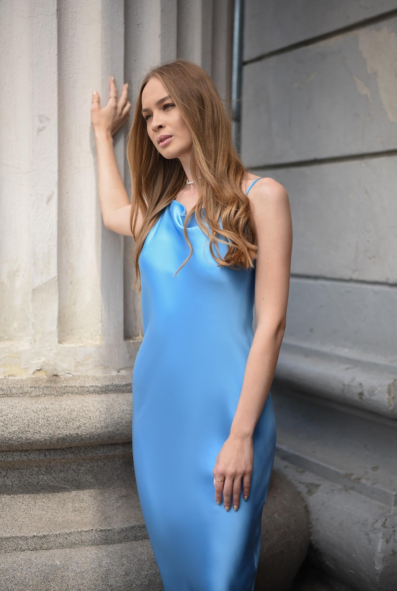 1 - rochie bleu, cu bretele subtiri, Poema