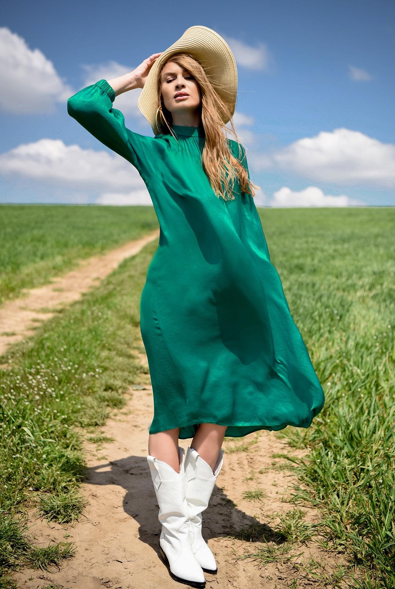 0 - rochie verde, din satin, Poema