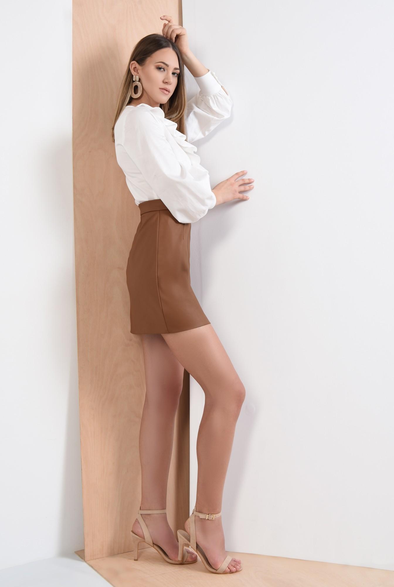 1 - fusta scurta, maro, piele ecologica, cu fermoar metalic, Poema