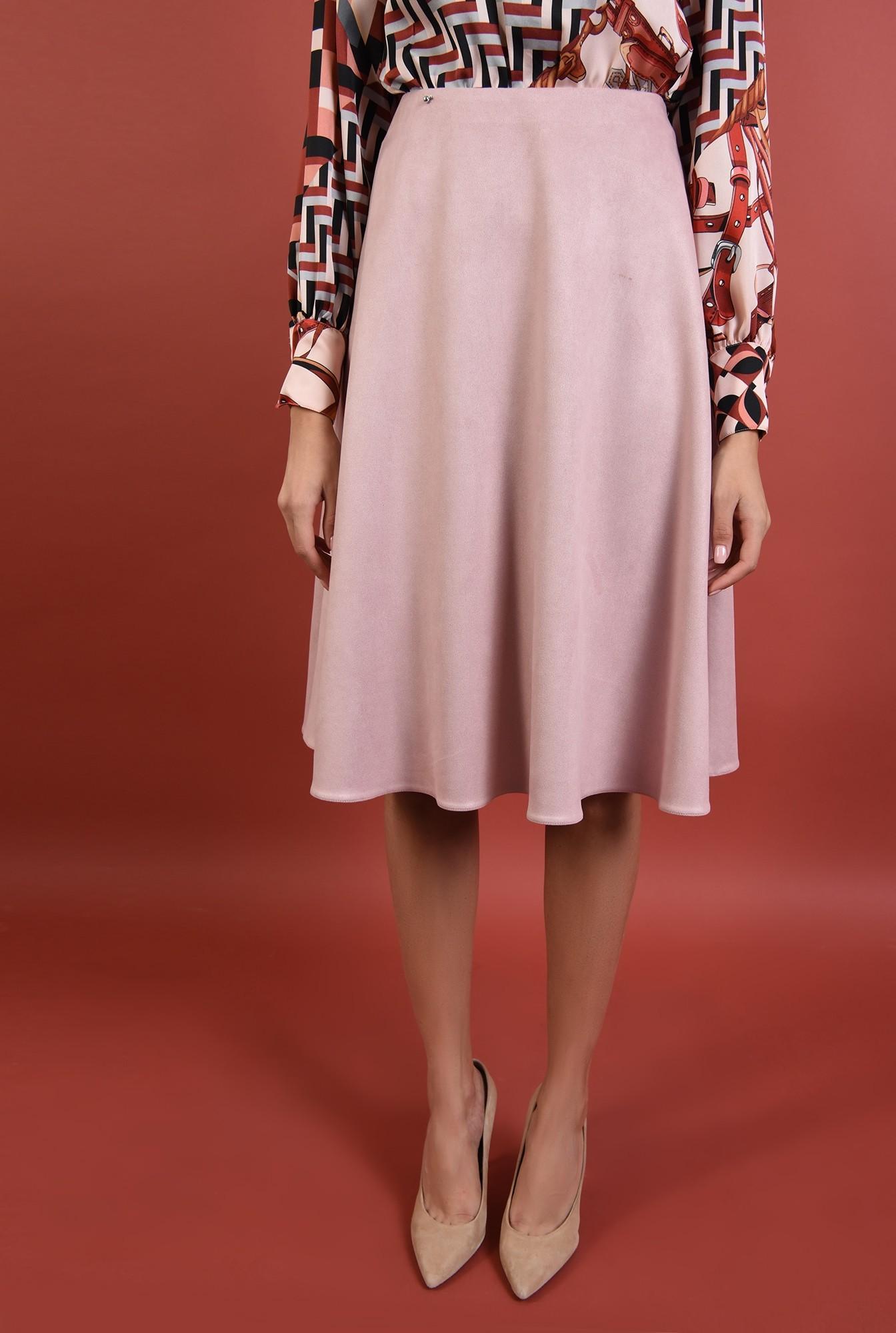 2 - 360 - fusta evazata, roz pudrat, talie inalta, cu betelie, casual