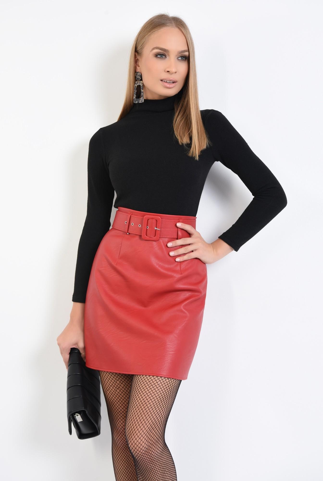 0 - 360 - fusta casual, scurta, rosie, cu centura, piele ecologica