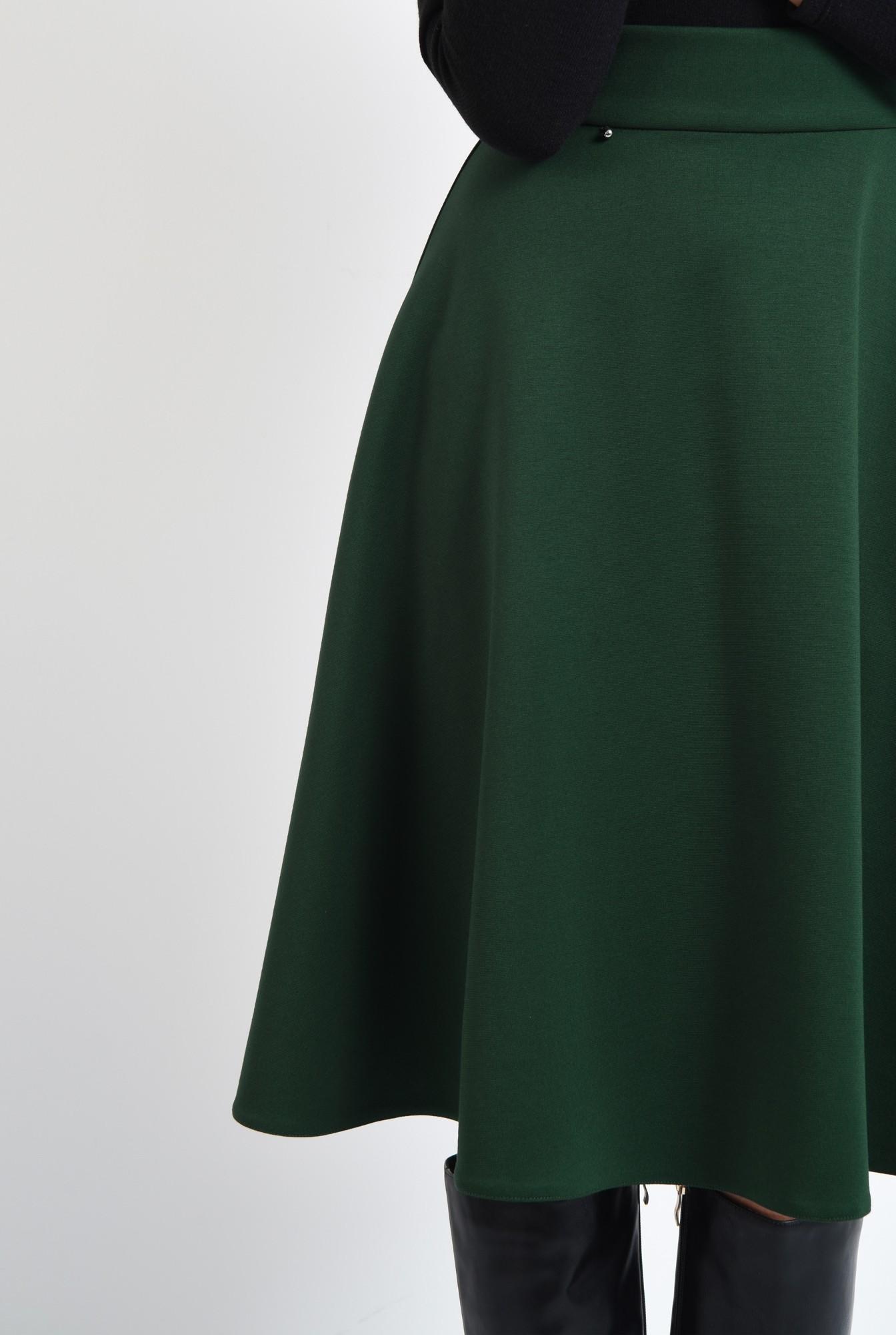2 - fusta verde, clos, midi, tesatura elastica