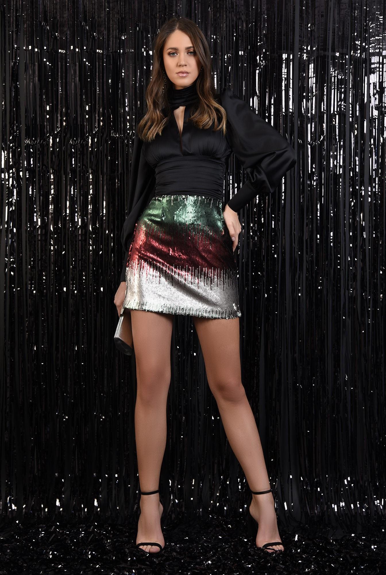 3 - fusta eleganta, paiete multicolore, scurta, croi drept