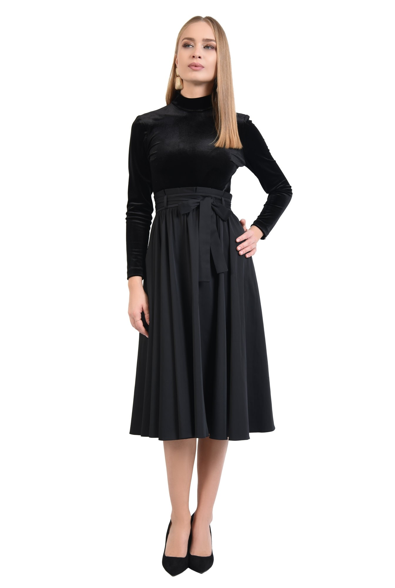 3 - 360 - fusta neagra eleganta, croi evazat, falduri, betelie plisata cu cordon