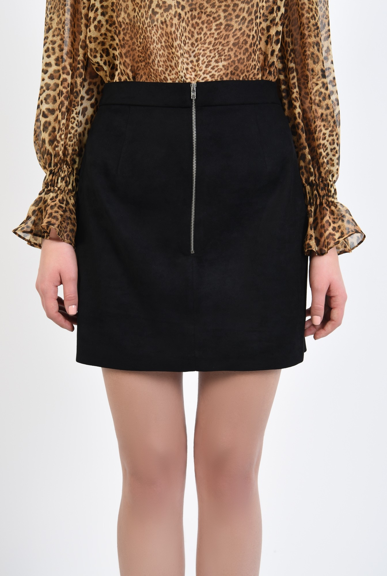 2 - fusta neagra, mini, croi drept, piele intoarsa, fermoar metalic functional
