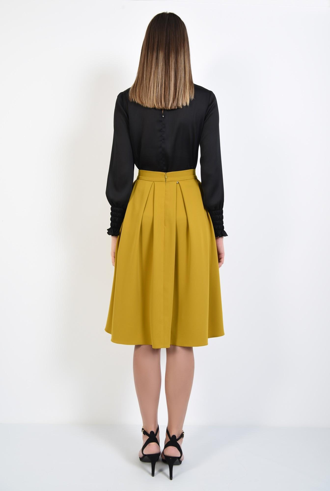 1 - 360 - fusta mustar, galben, pliseuri, talie inalta cu betelie