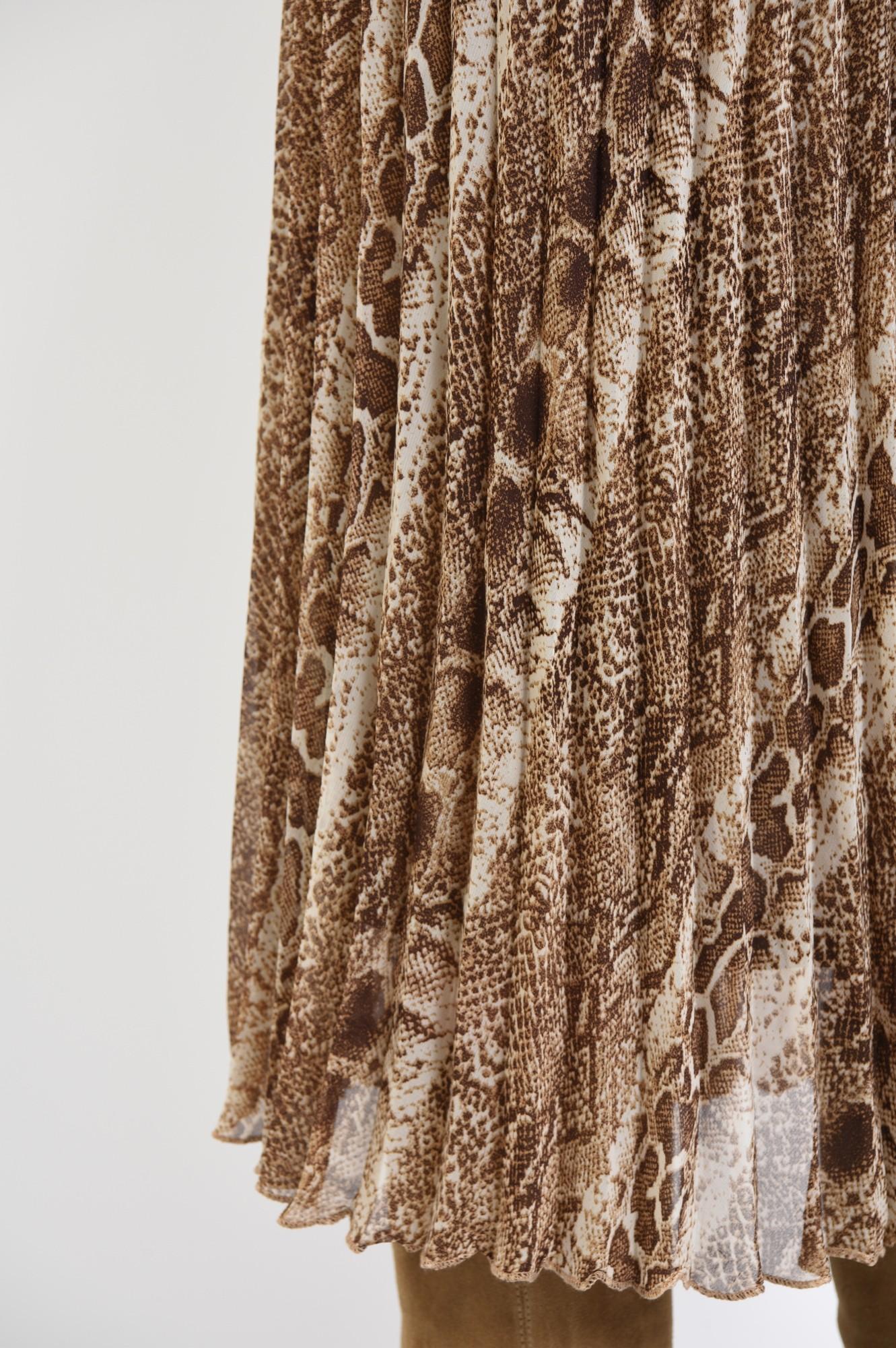 2 - fusta animal print, din voal, pliseuri, talie inalta cu betelie elastica, print