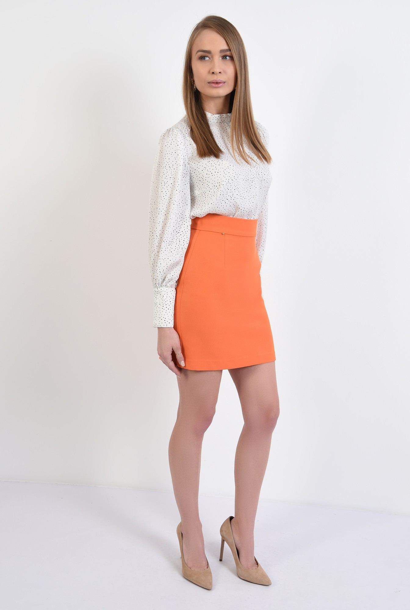 3 -  fusta orange, mini, dreapta, cu talie inalta, fermoar ascuns
