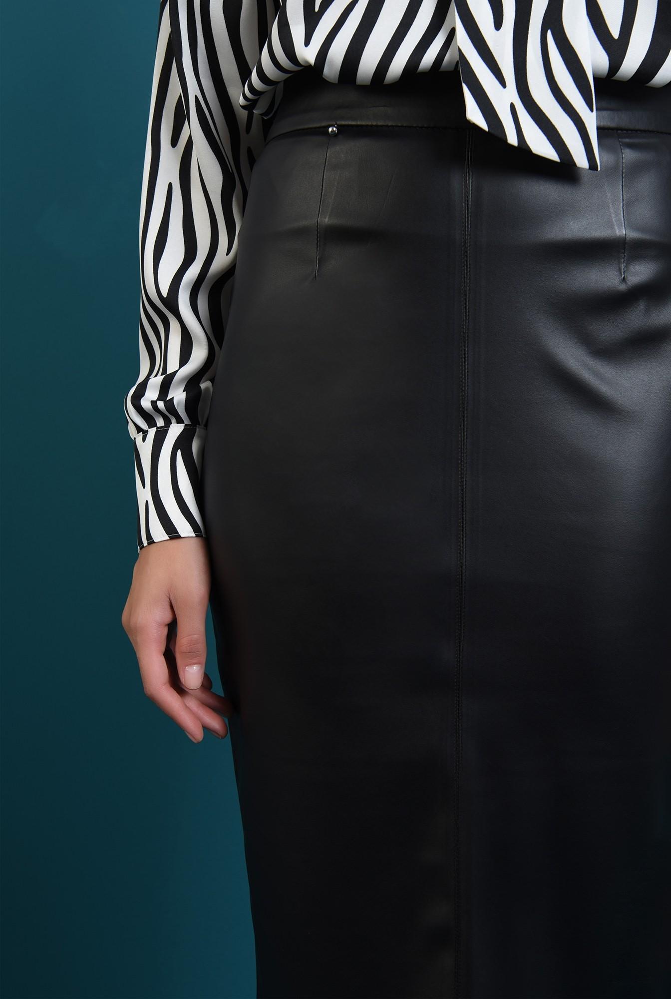 1 - fusta casula, neagra, cu talie inalta