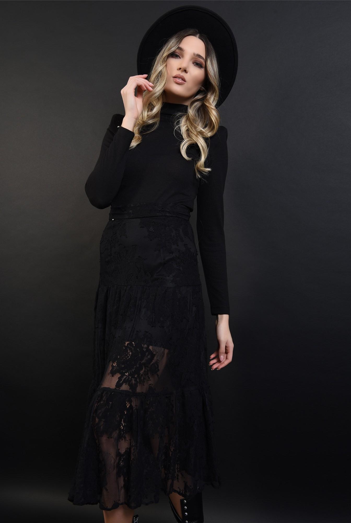 2 - fusta midi, evazata,neagra, din dantela, cu talie inalta
