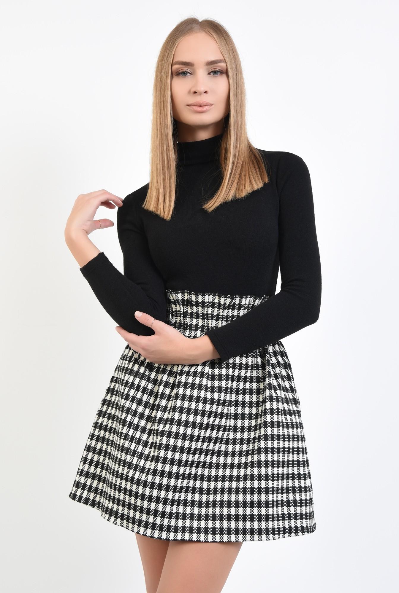 2 - fusta de zi, carouri alb-negru, mini, buzunare