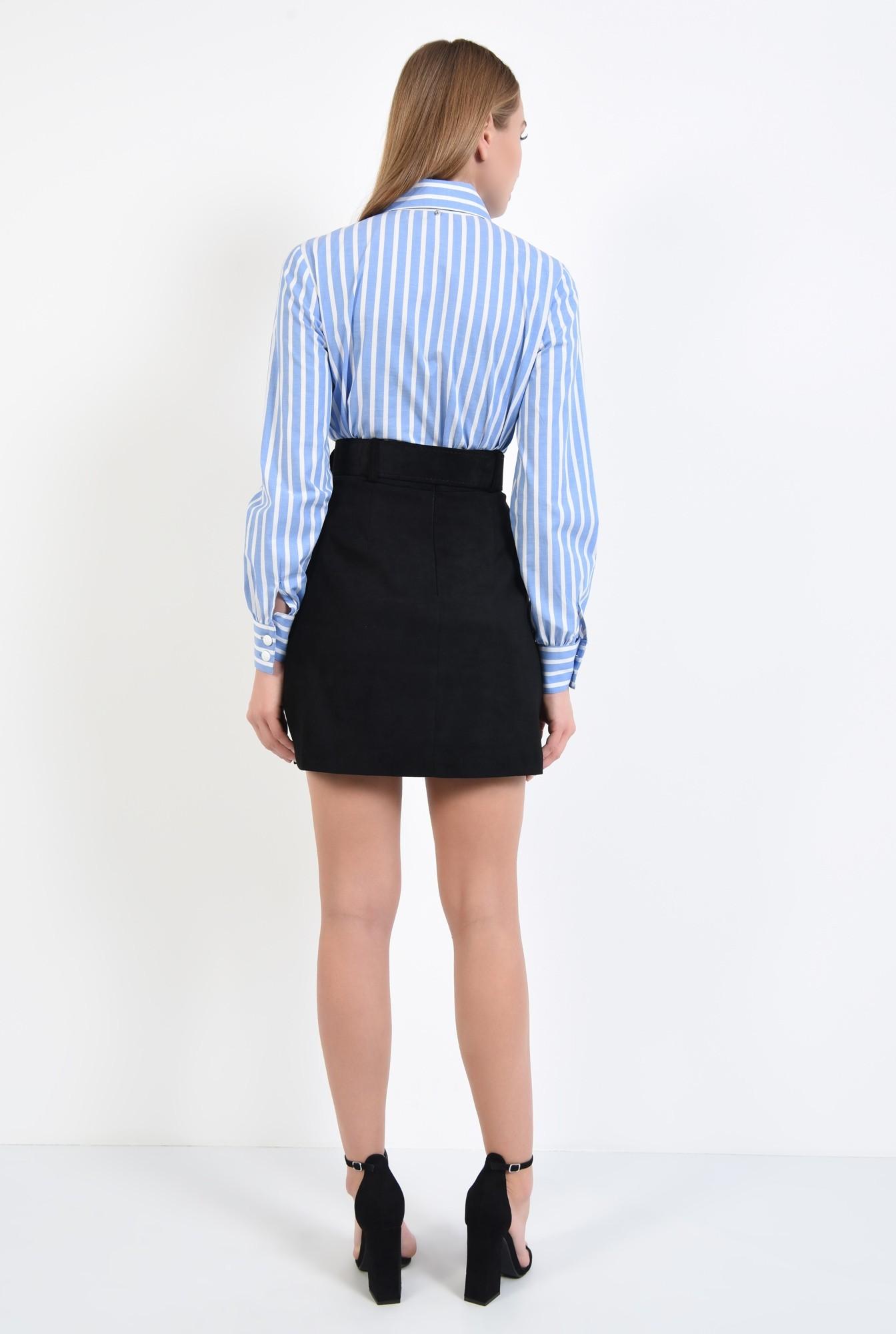 1 - fusta casual, scurta, croi evazat scurt, neagra