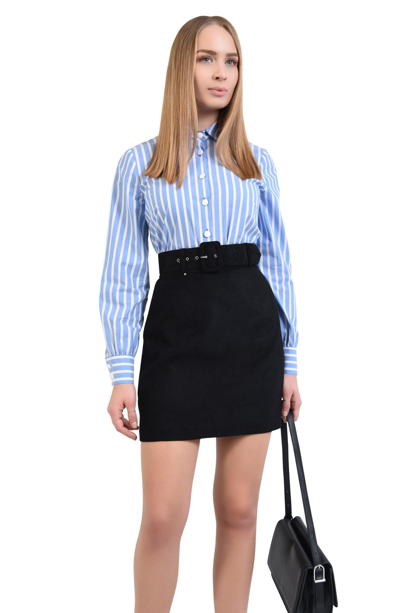2 - fusta casual, scurta, croi evazat scurt, neagra