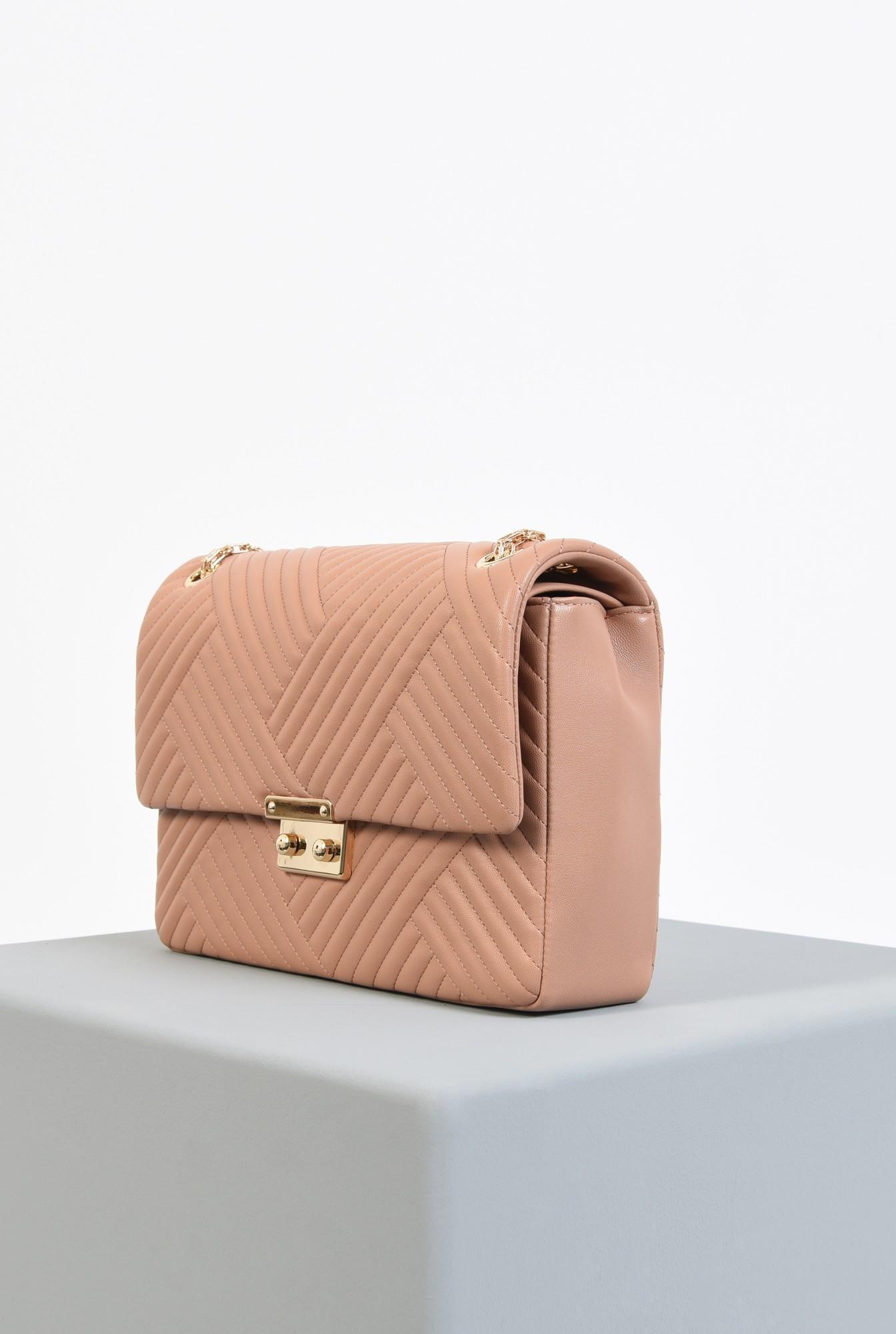 1 - geanta din piele ecologica, roz nude, cu lant, detalii metalice aurii, geanta de umar