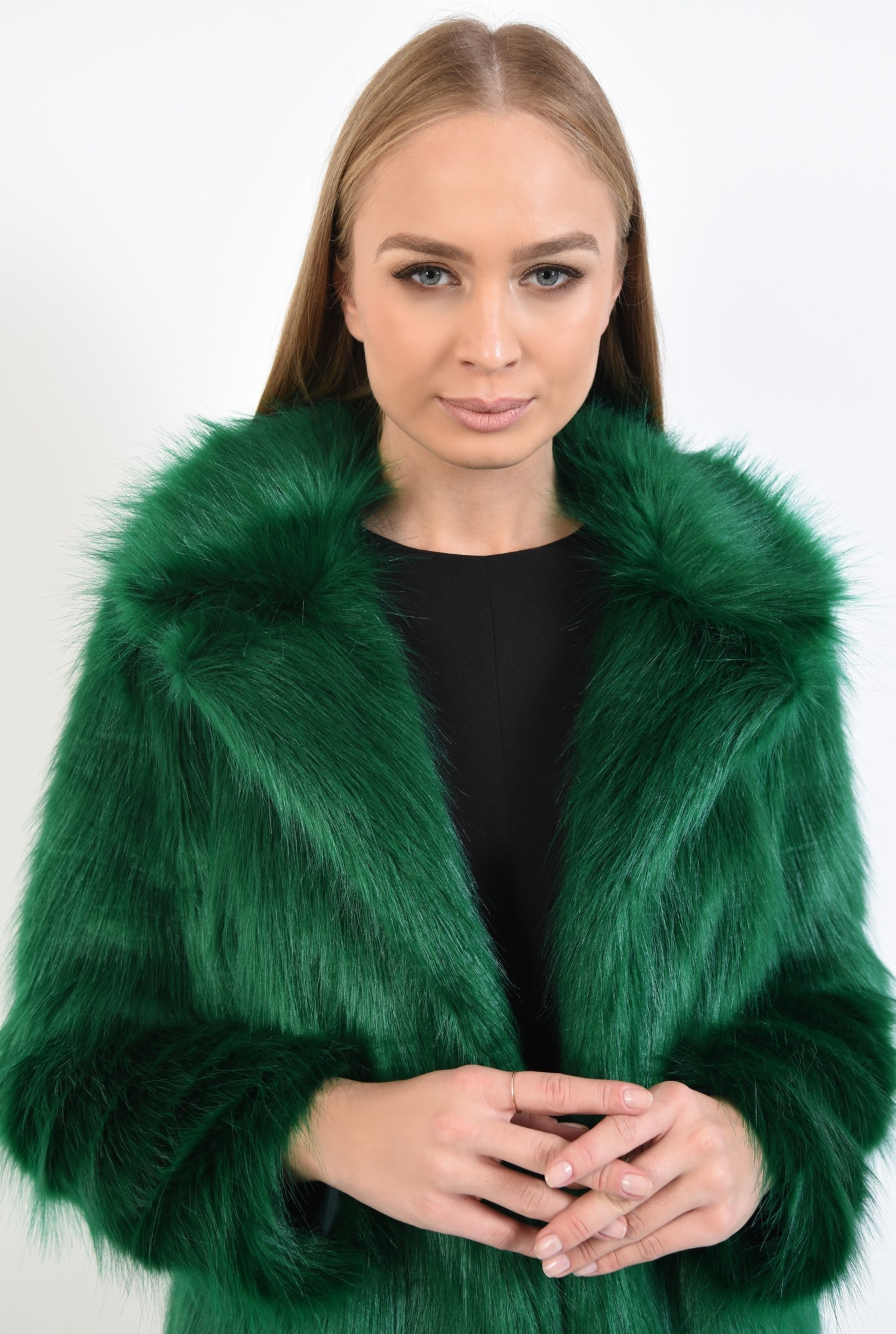 2 - haina din blana ecologica, dreapta, guler cu revere, verde