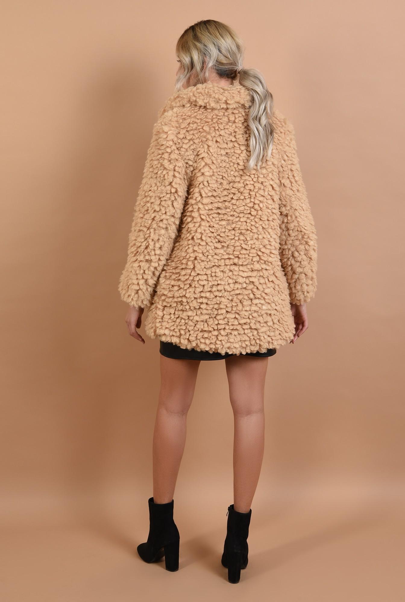 1 - 360 - jacheta din blana, bej, croi drept, revere