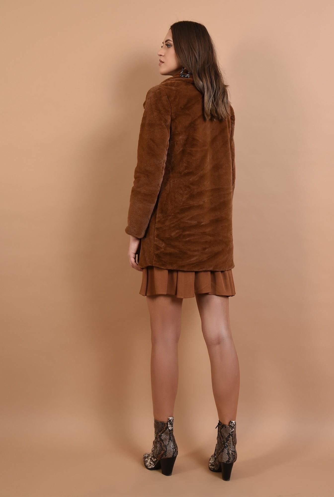 1 - 360 - jacheta din blana, camel, croi drept, revere
