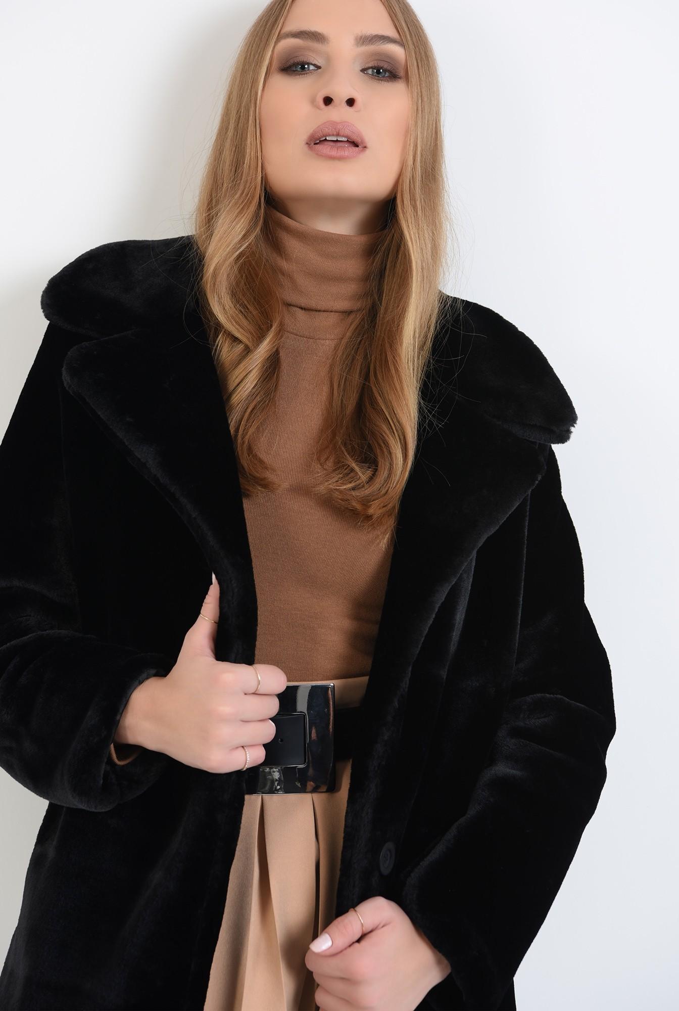 2 - jacheta cu revere, cu maneca lunga