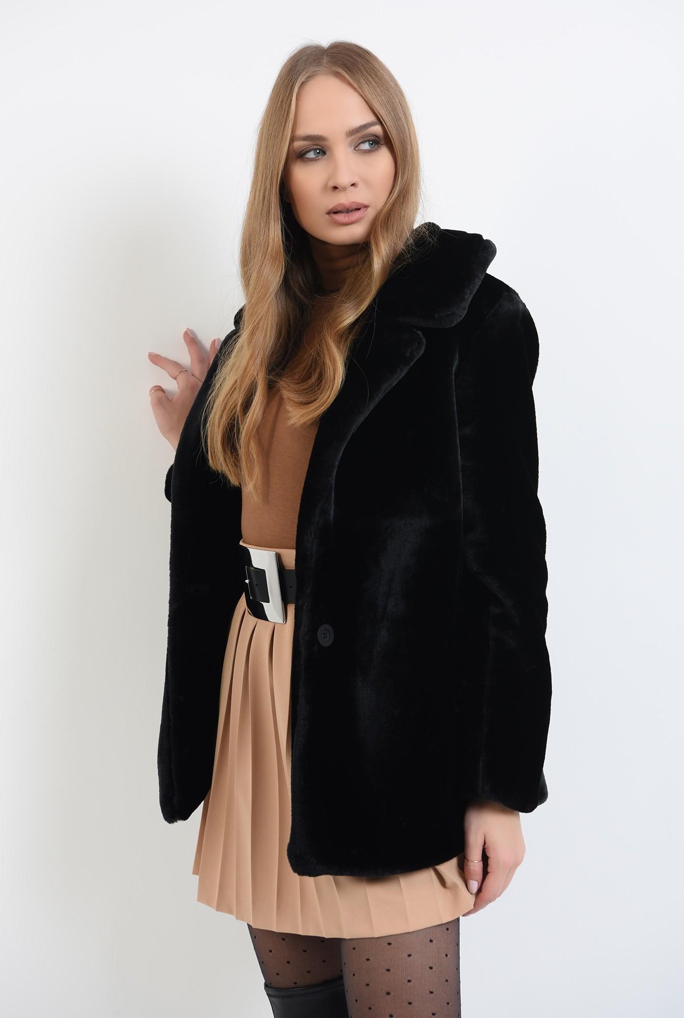 1 - jacheta cu revere, cu maneca lunga