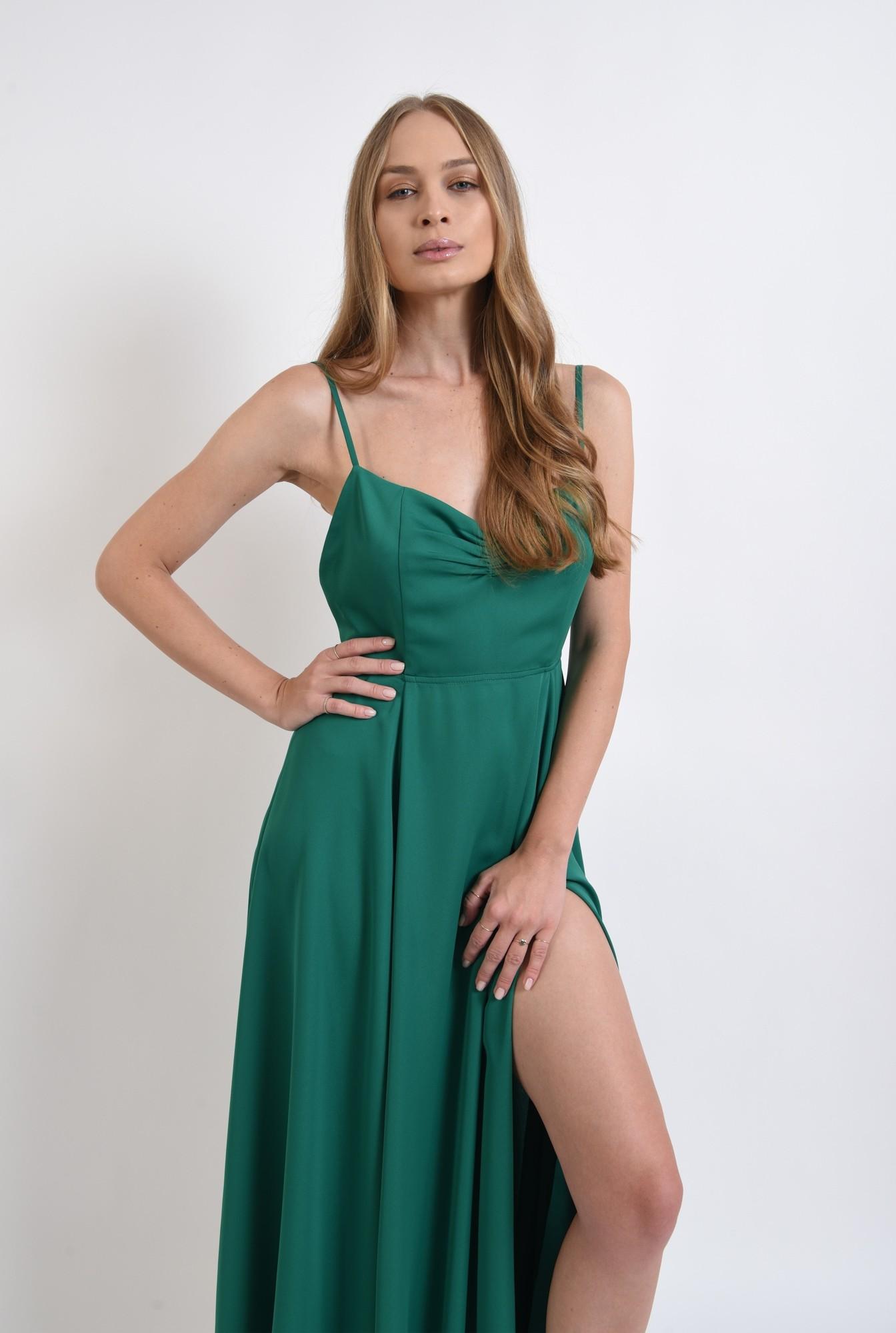 1 - rochie verde, cu spatele decoltat, Poema