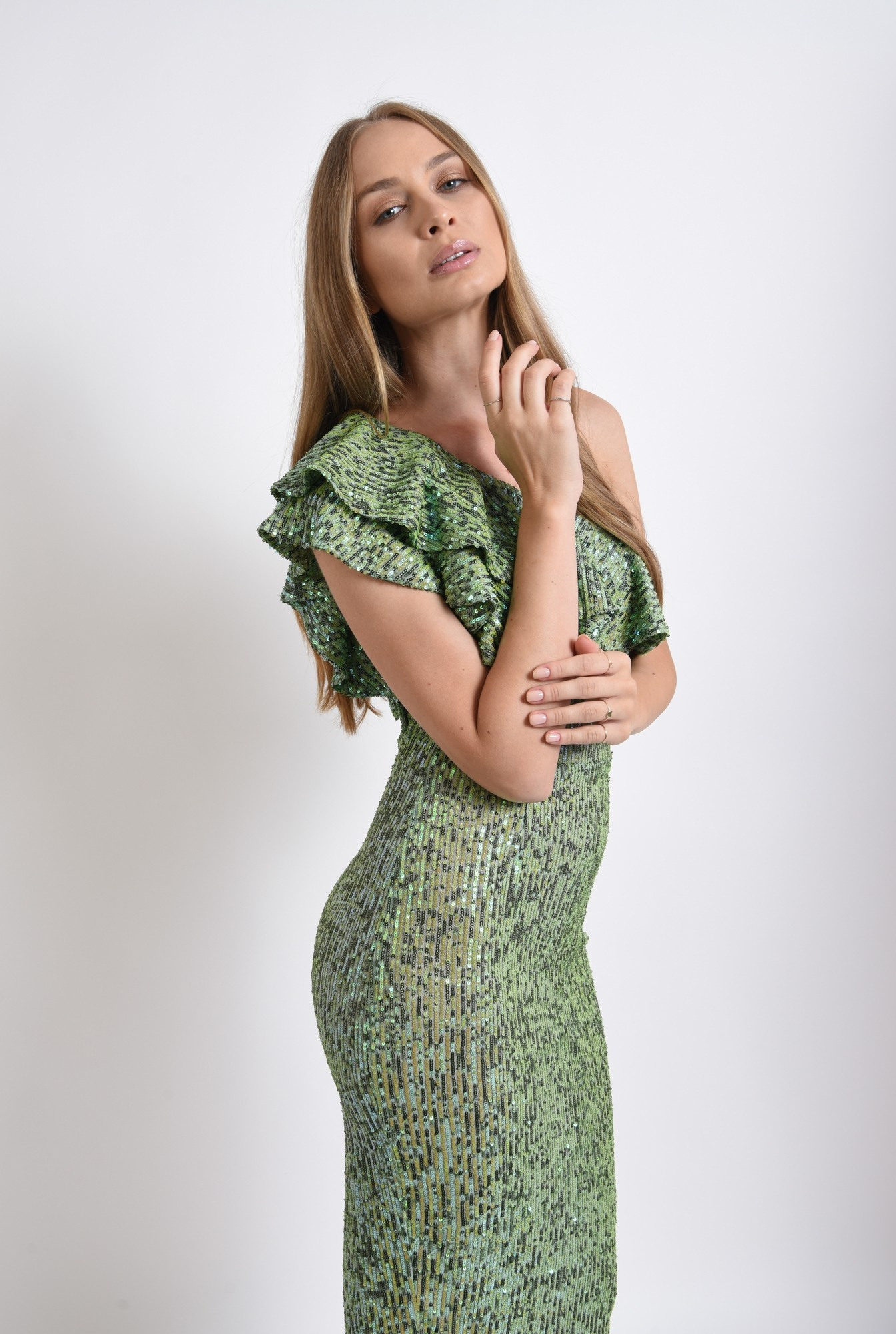 2 - rochie verde, midi, cu paiete
