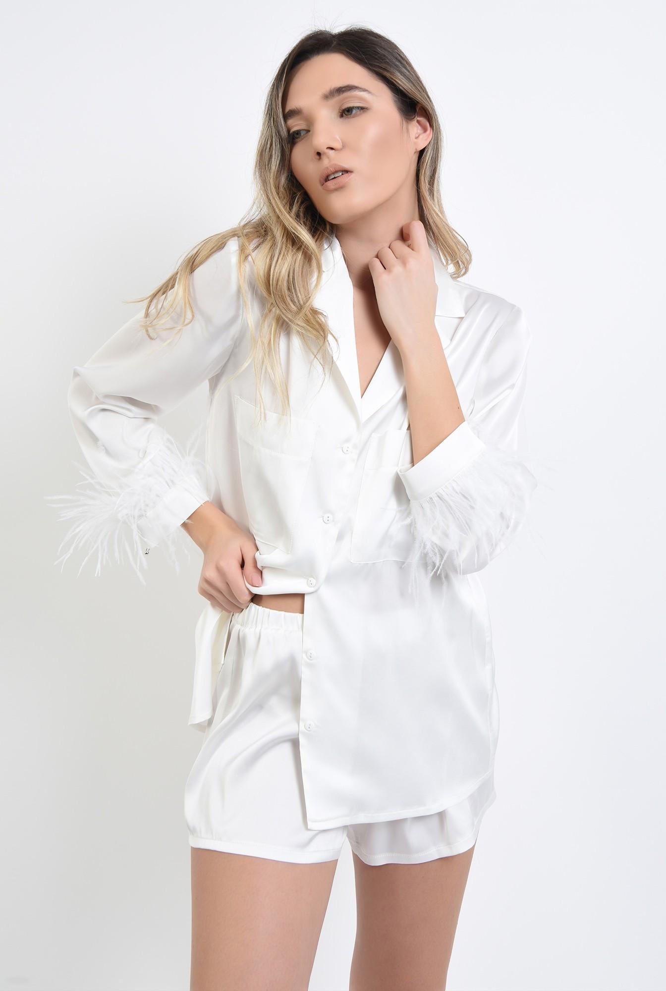 1 - pijama alba, din satin, cu pene de strut