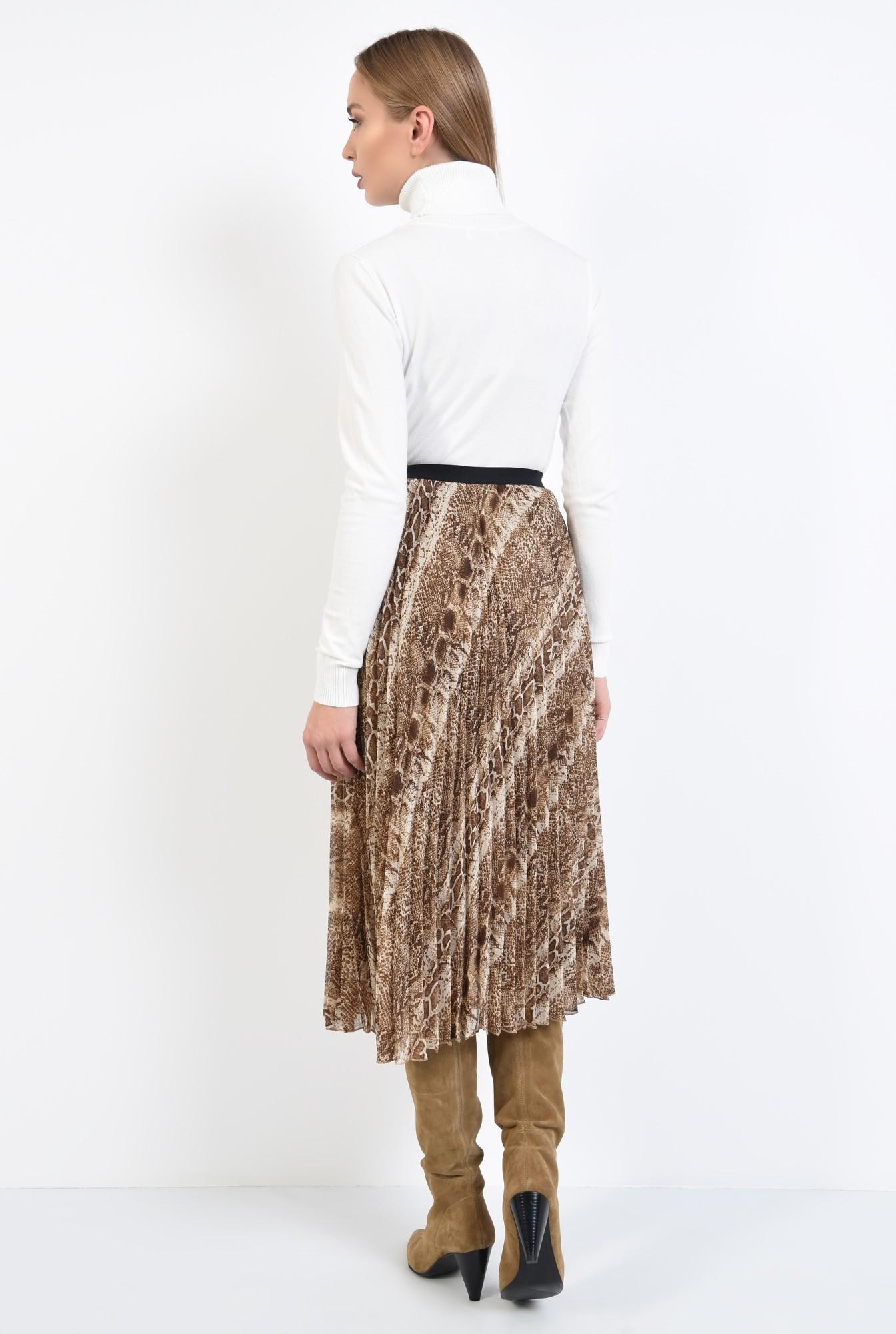 1 - pulover tip maleta, alb, borduri reiate, guler inalt, bluza tricotata