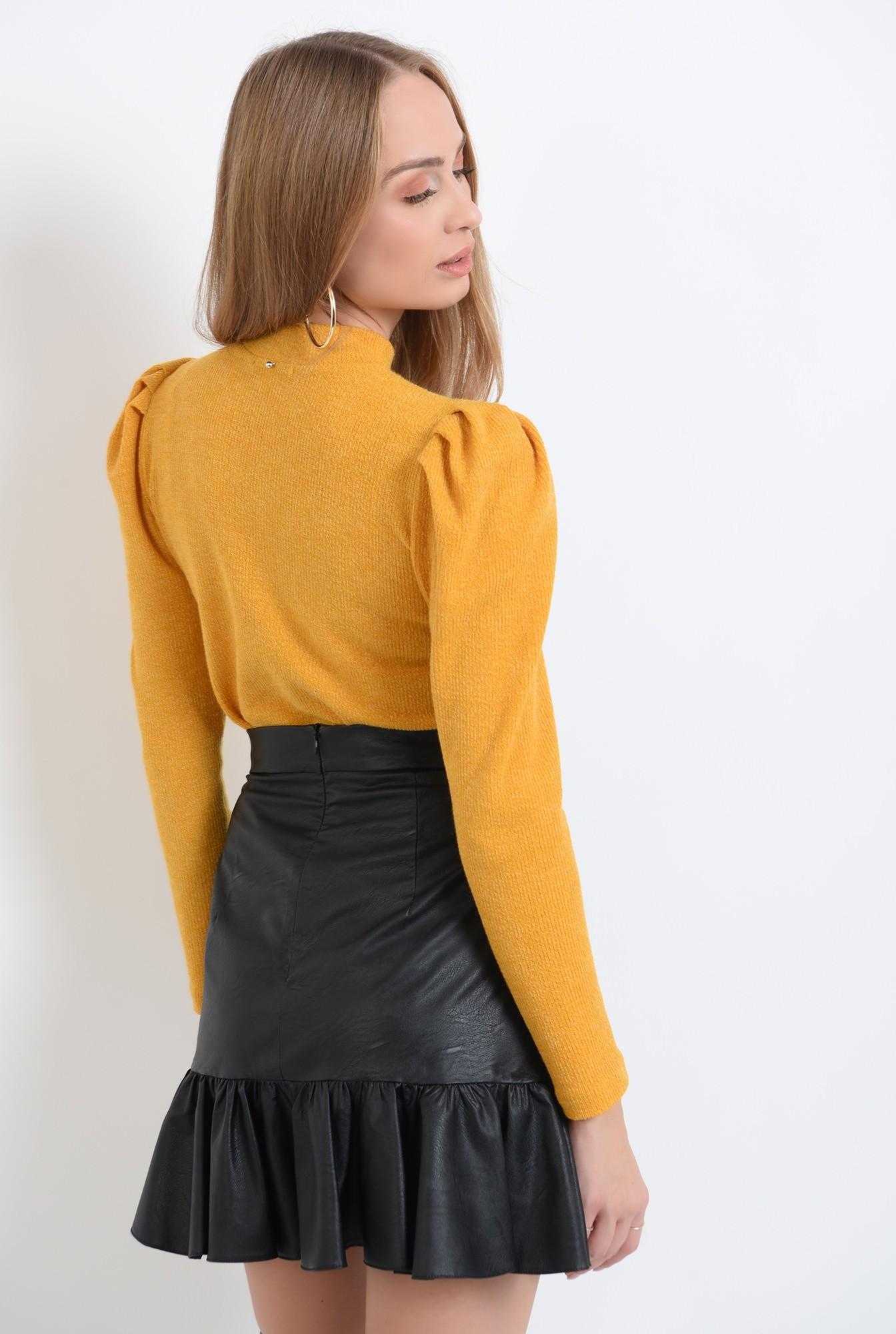 1 - pulover mustar, casual, cu guler, cu umeri accentuati
