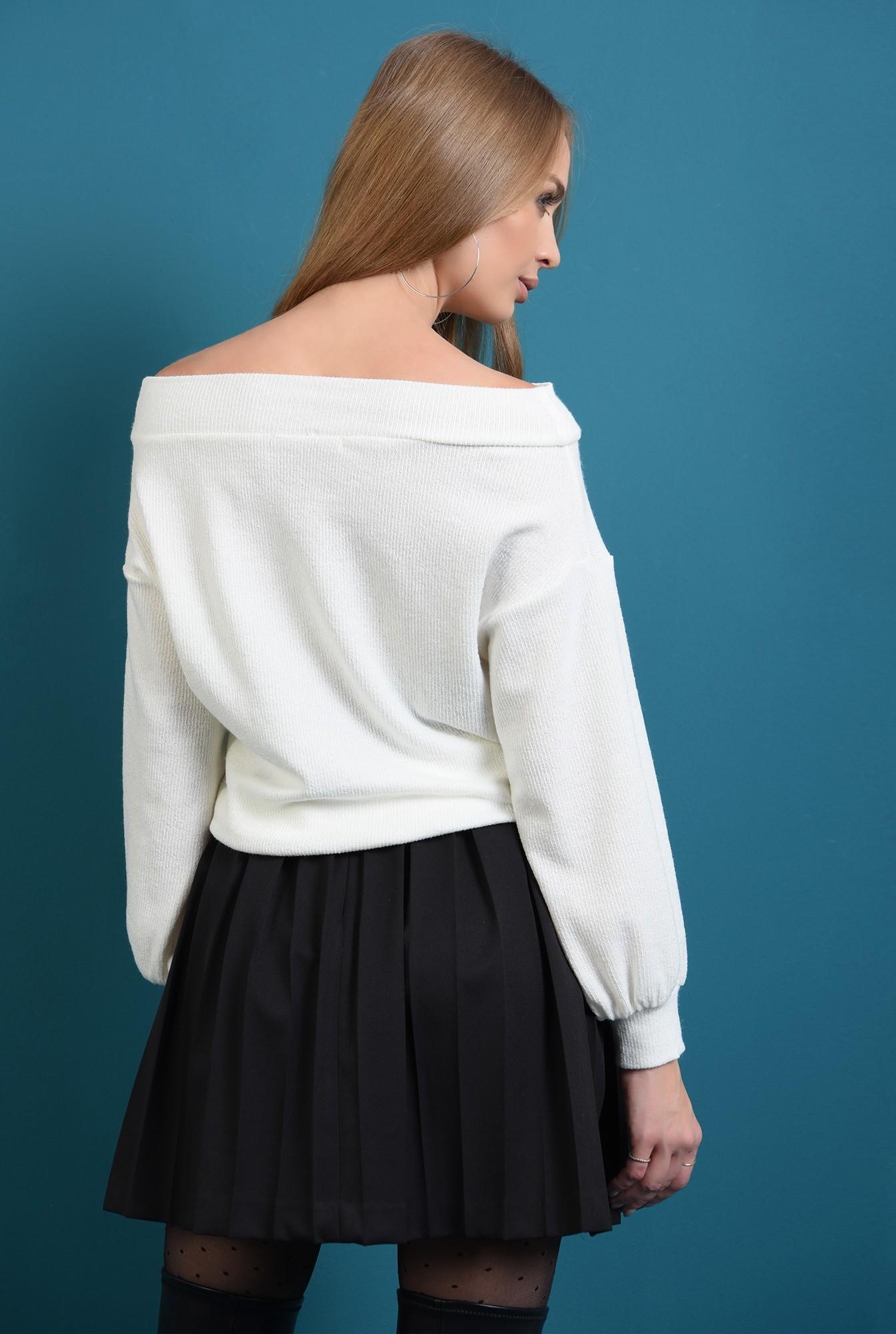 1 - pulover tricotat, alb, cu maneca bufanta