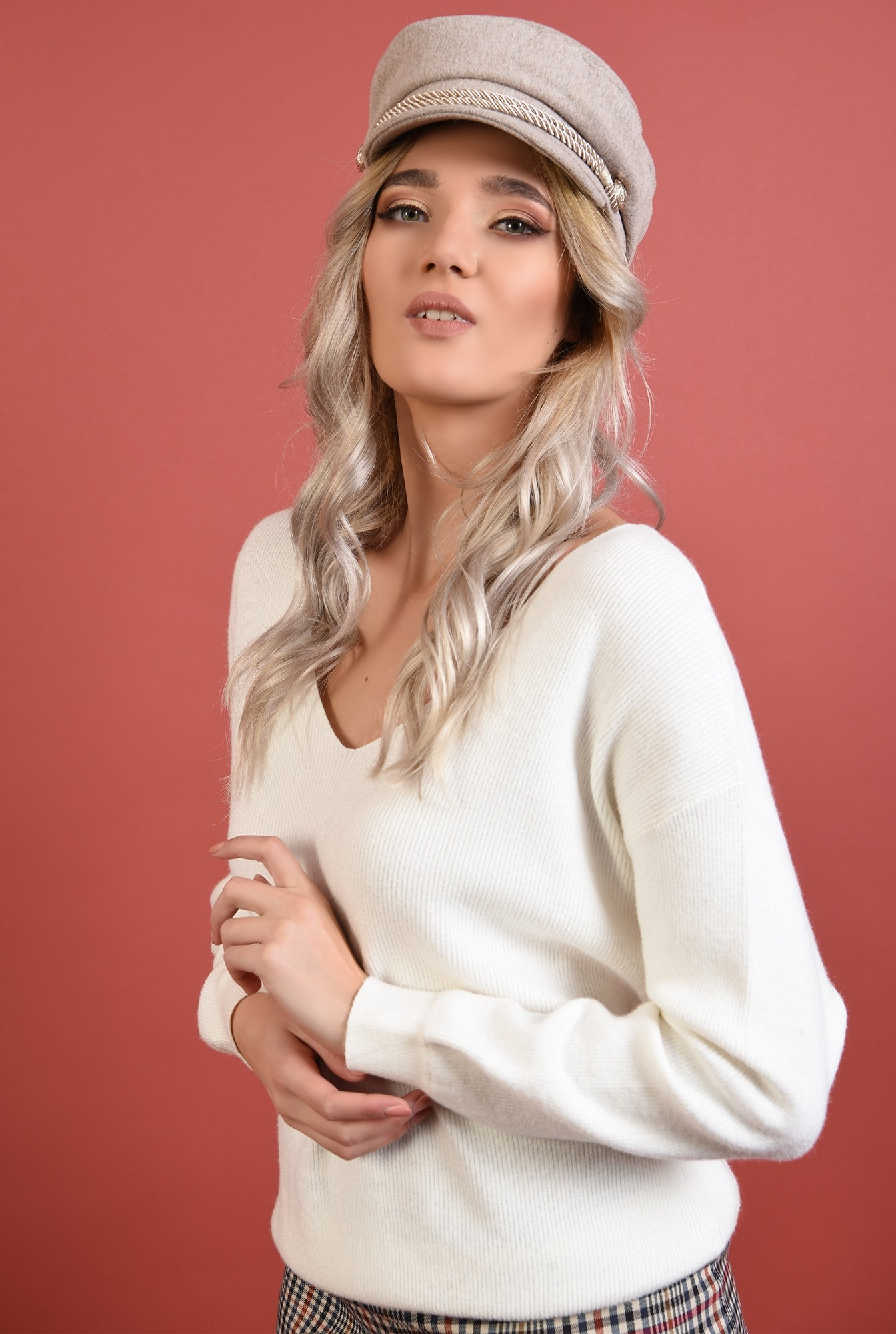2 - pulover alb, cu anchior, reiat, croi lejer, Poema