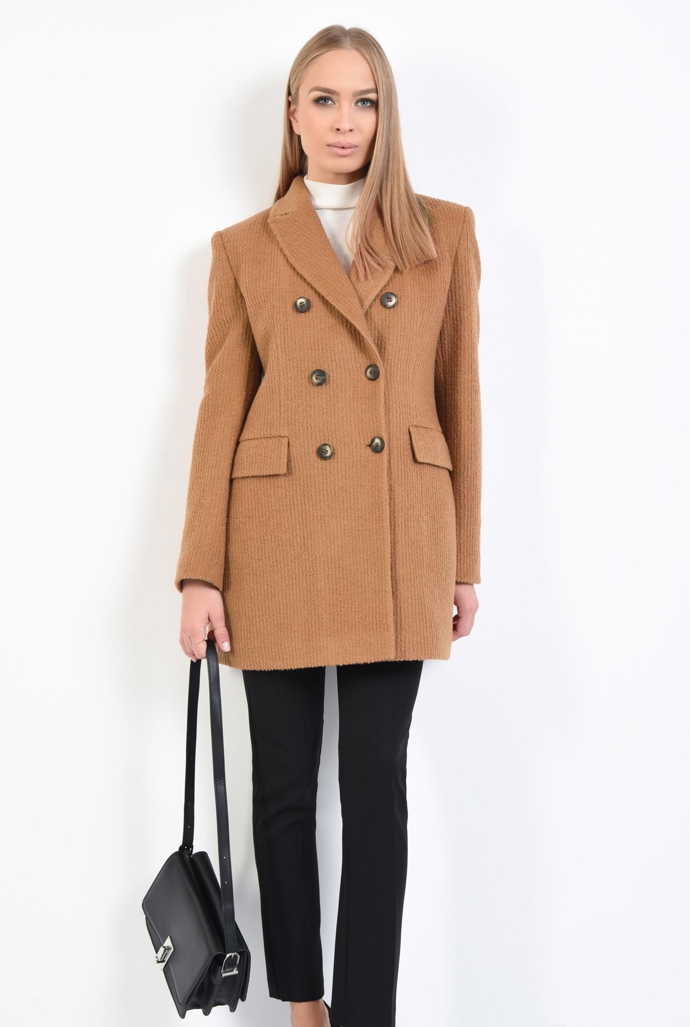 0 - palton scurt, revere crestate, doua randuri de nasturi
