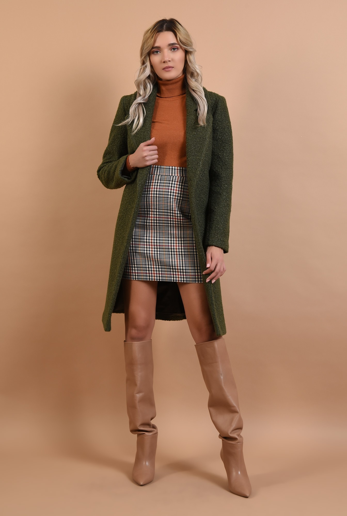 3 - palton kaki, cu nasture, cu revere, lana buclata