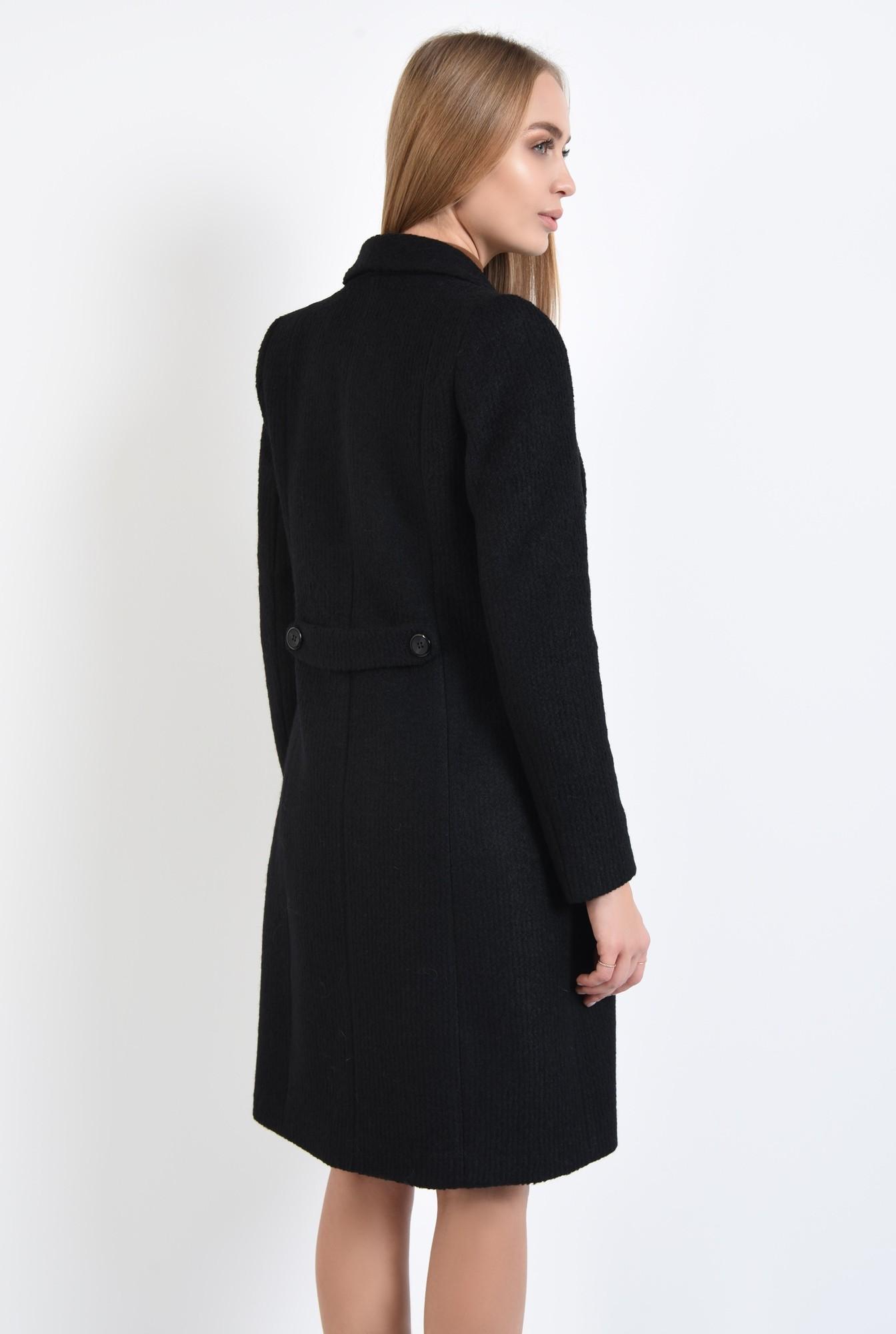 1 - 360 - palton negru, cu revere rotunjite, inchidere cu butoniera