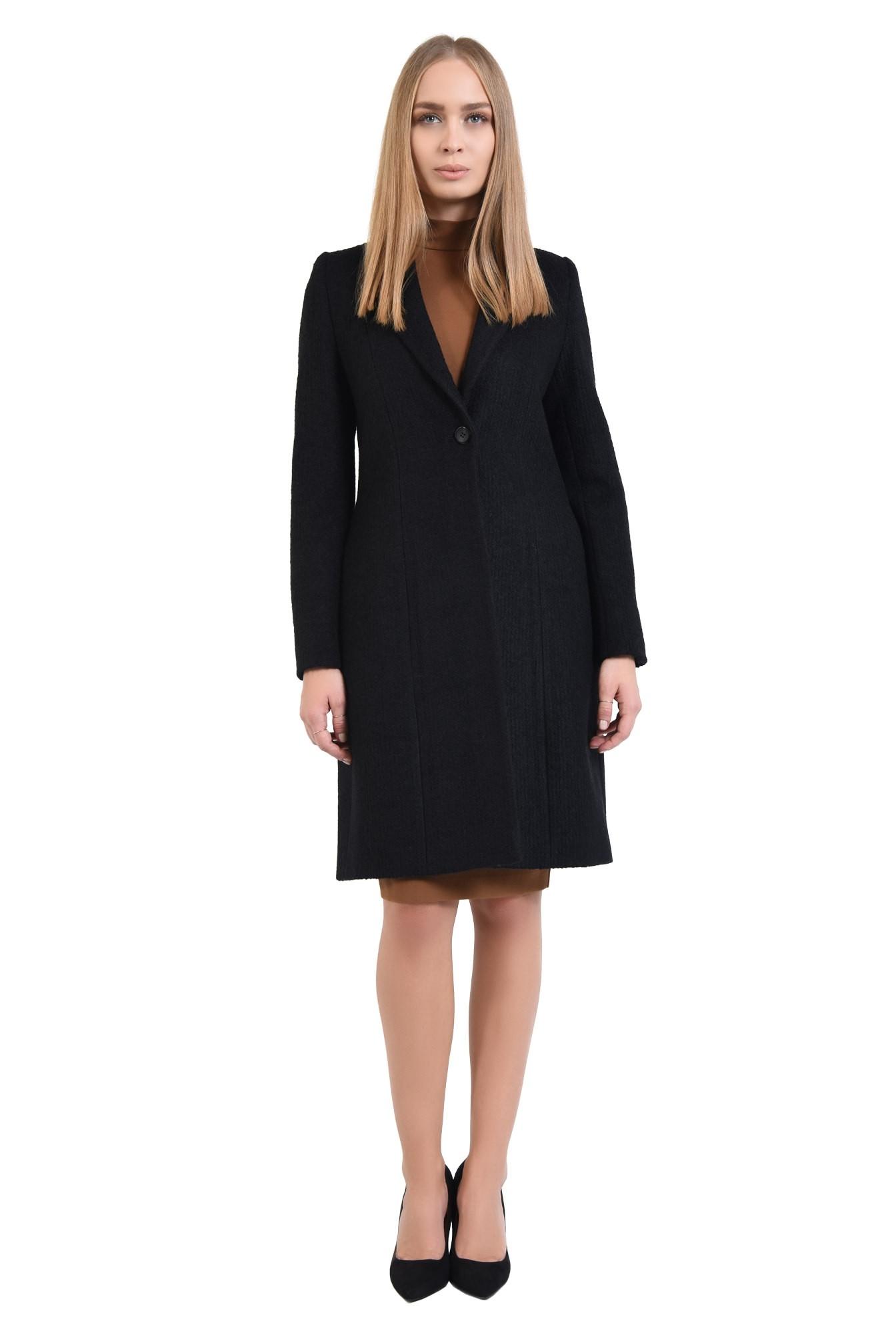 3 - 360 - palton negru, cu revere rotunjite, inchidere cu butoniera