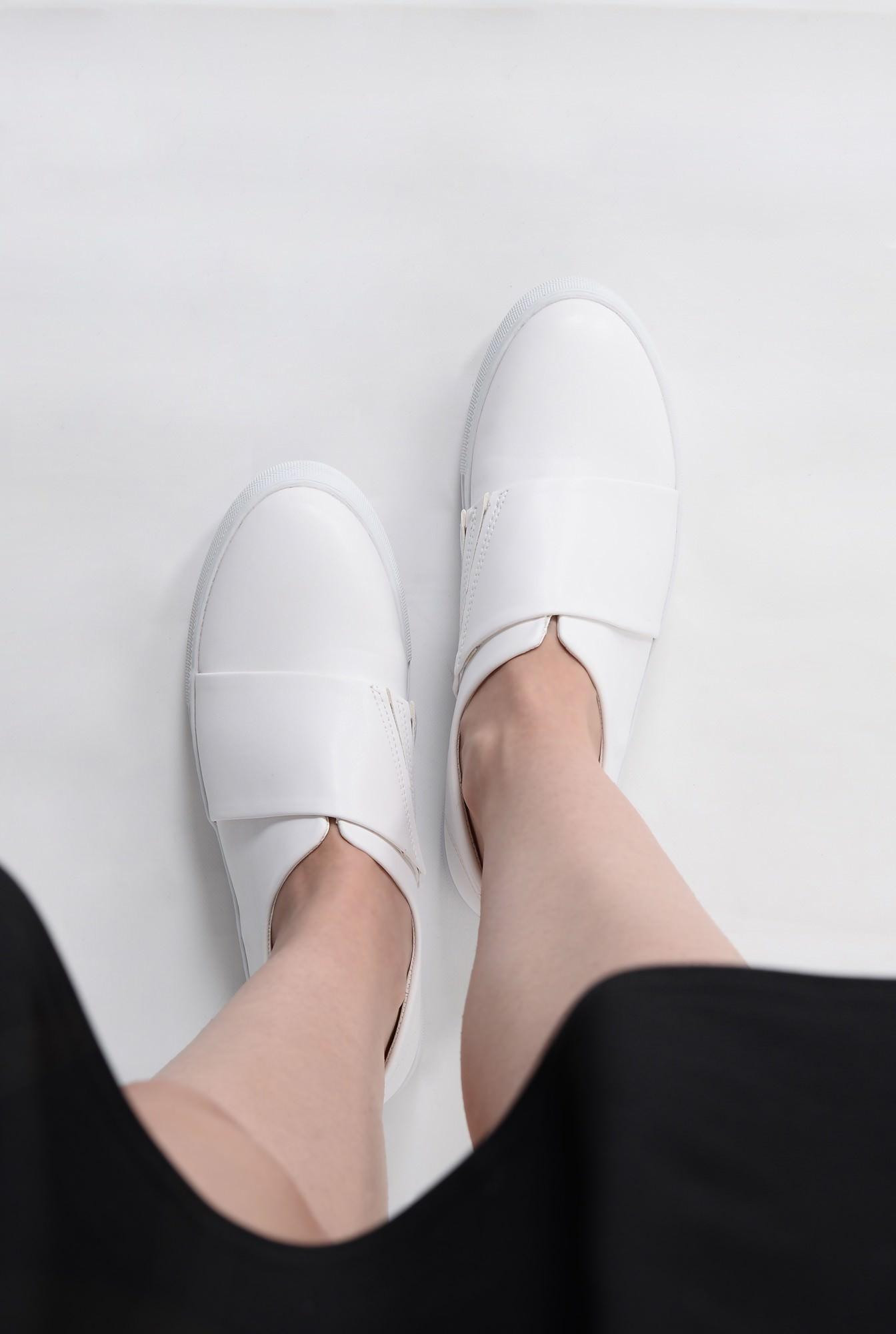 4 - Sneakers PO12091606-ALB