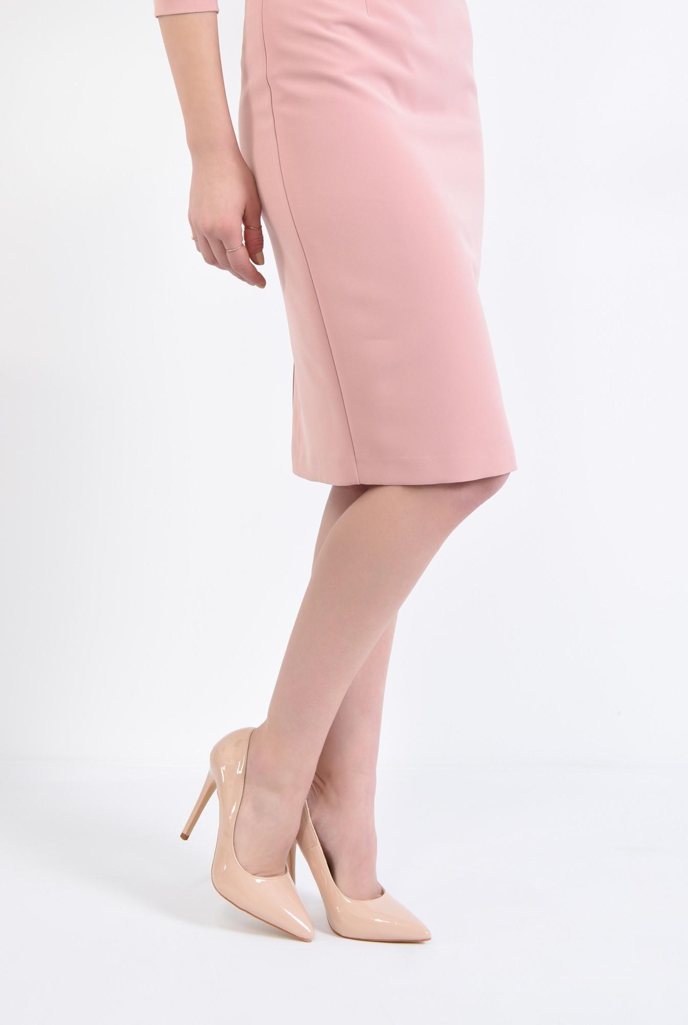 4 - pantofi eleganti, crem, toc inalt, varf ascutit