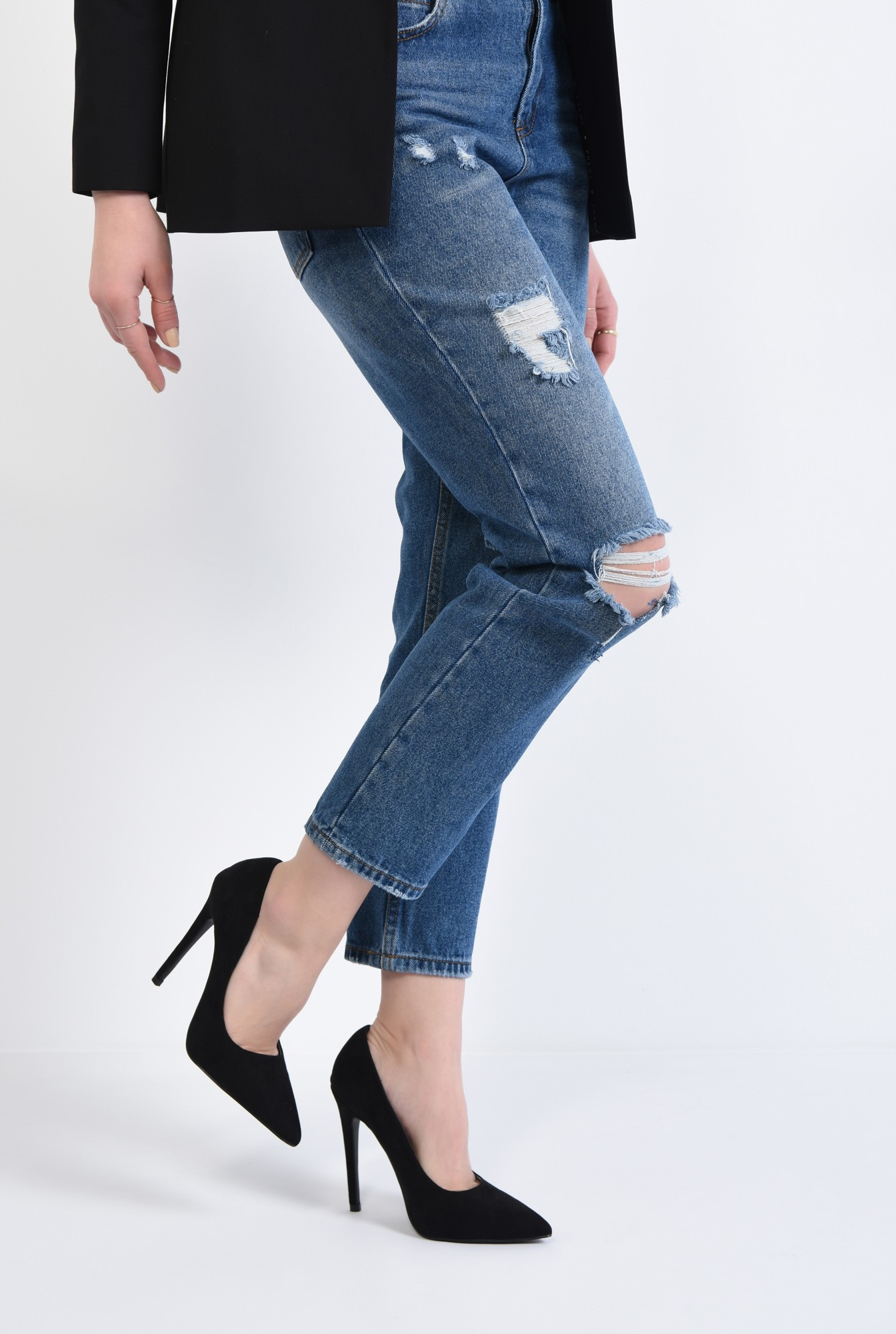 4 - pantofi de ocazie, varf ascutit, toc inalt