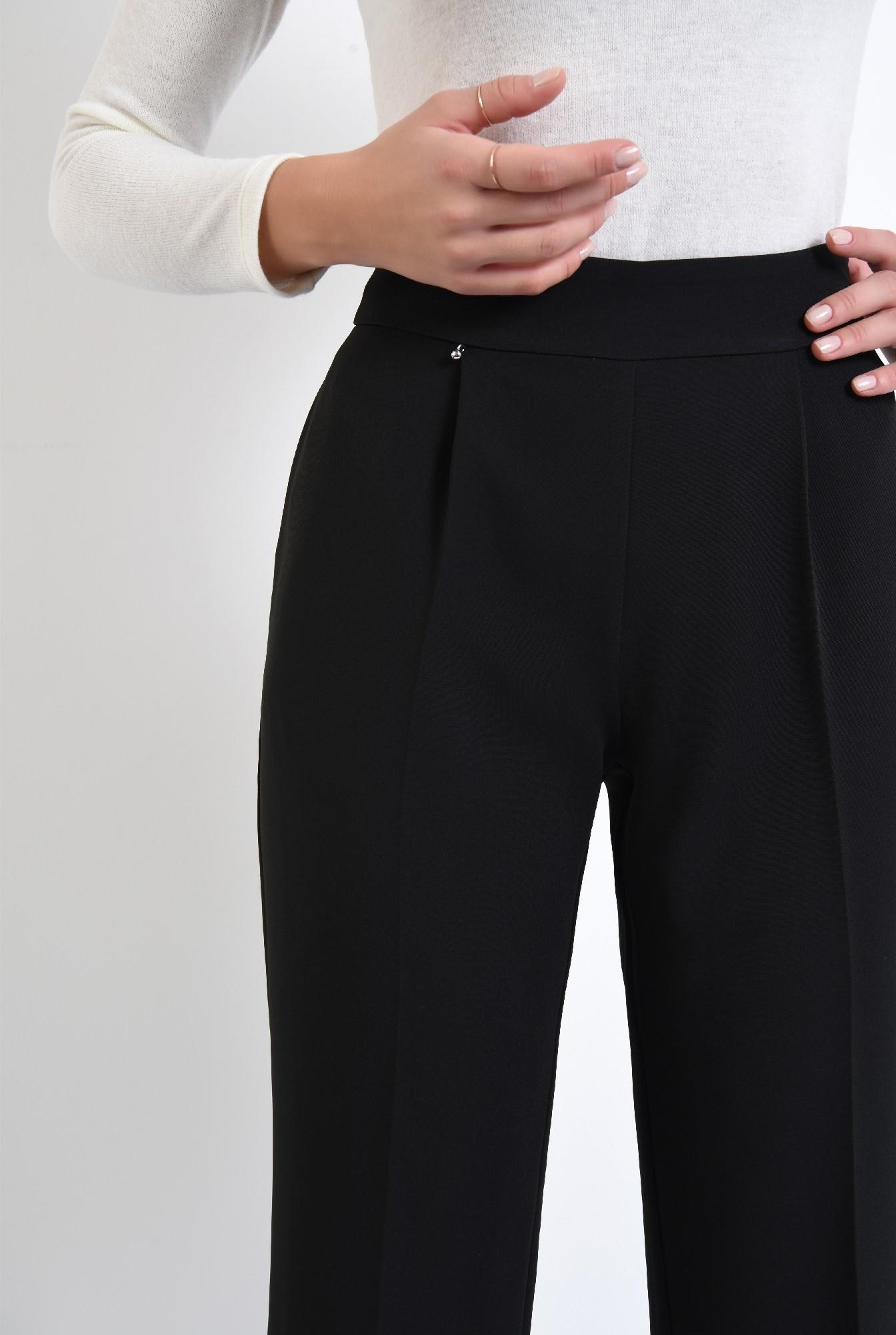 2 - pantaloni de zi, croi evazat, la dunga, fermoar lateral