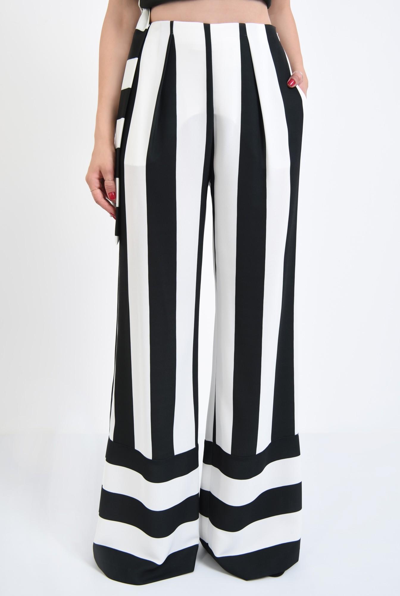 2 - pantaloni eleganti, croi larg, imprimeu, dungi, alb-negru