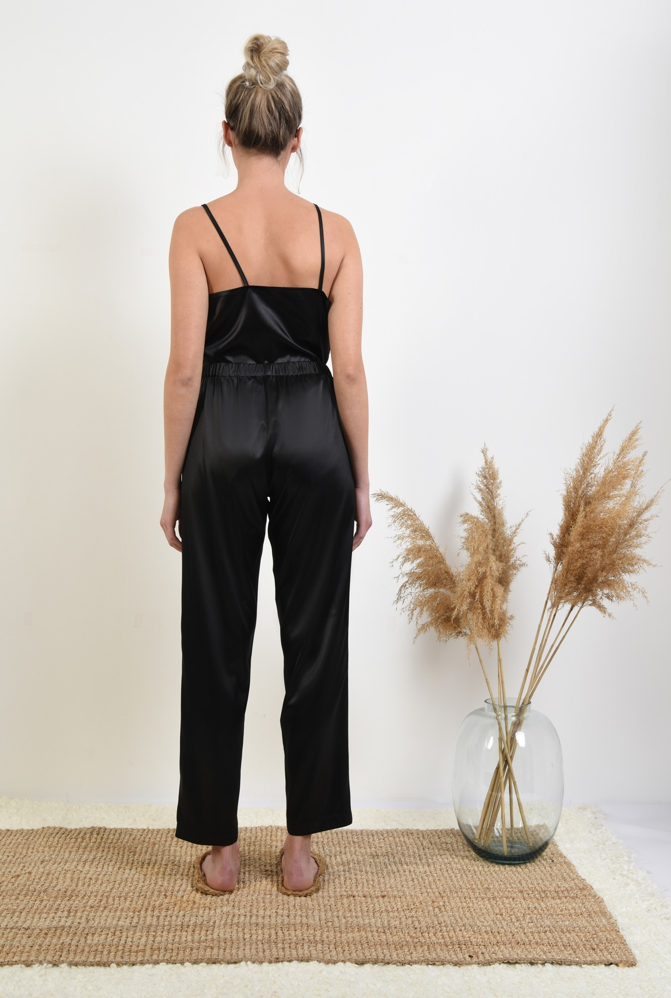 1 - 360 - pantaloni din satin, negri, lungi, cu funda in contrast