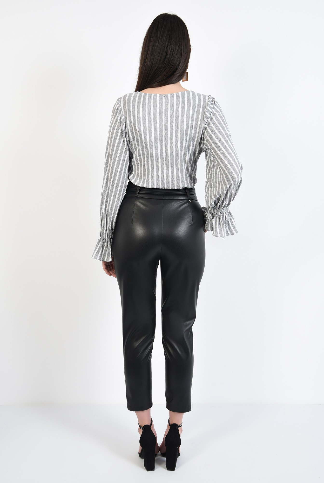 1 - pantaloni conici, cusatura decorativa, croi tigareta, funda la talie