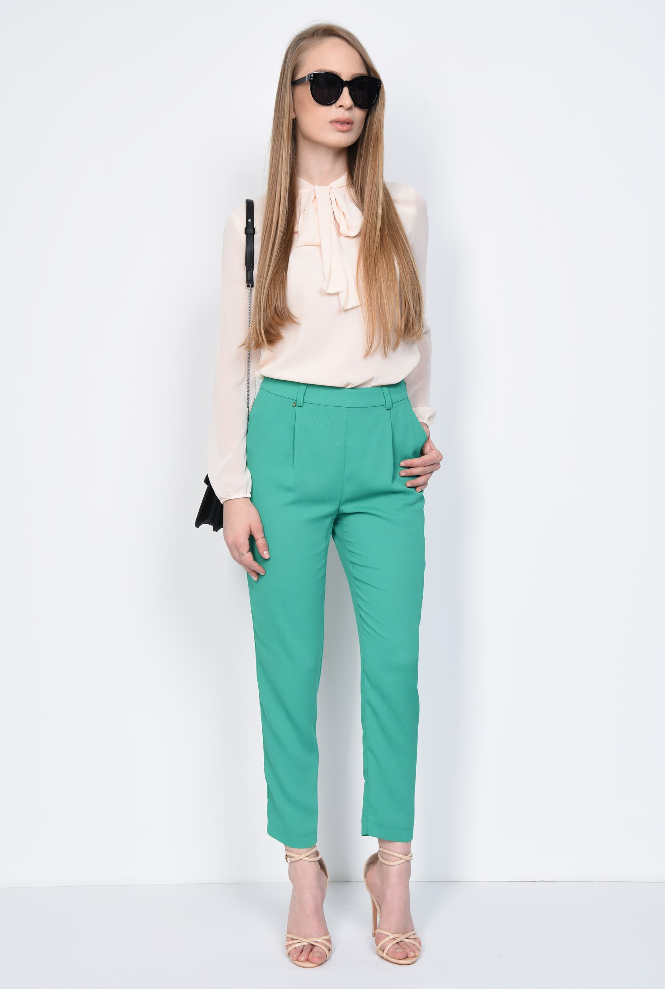 3 - PANTALON CASUAL CONIC PT 155-VERDE