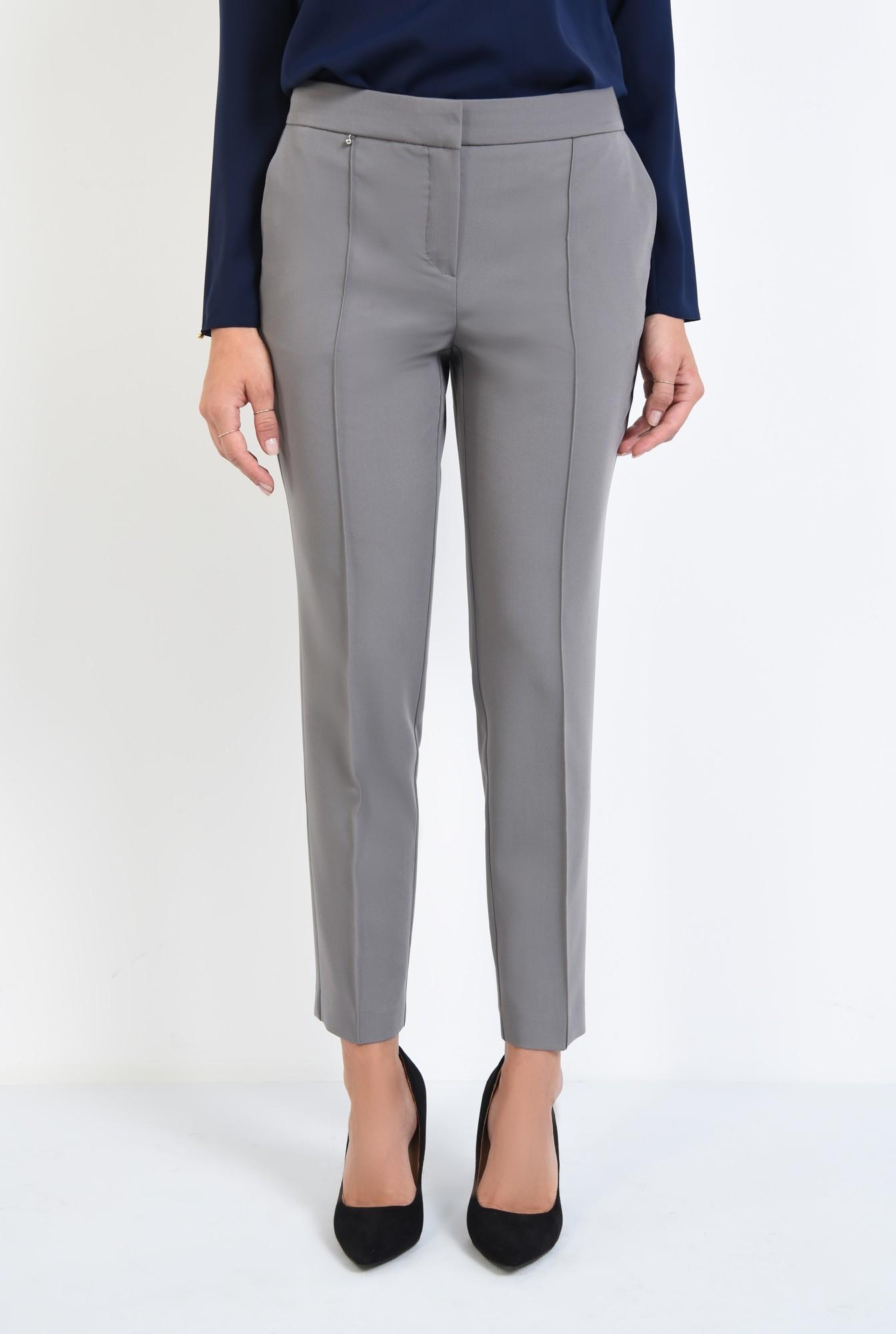 2 - pantaloni casual. clasici, cu buzunare functionale