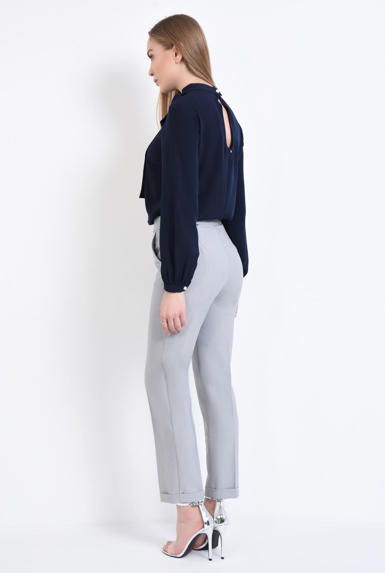 1 - 360 - Pantaloni conici, cu buzunare, betelie